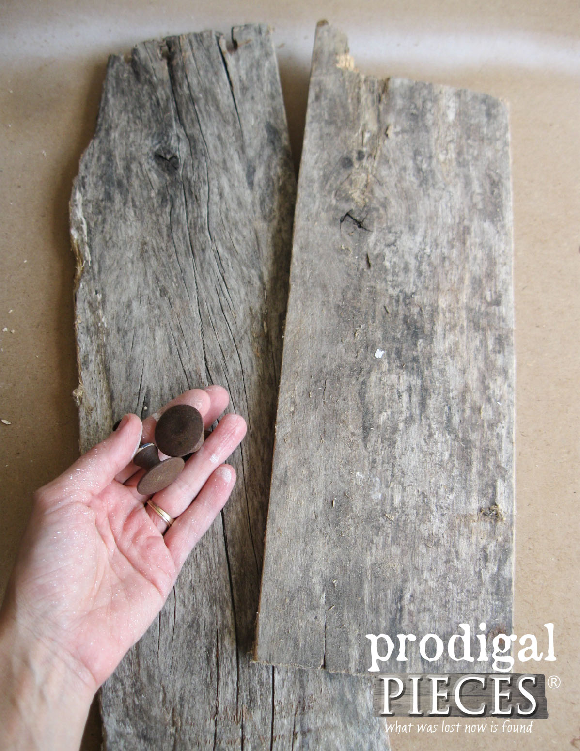 Reclaimed Wood and Rusty Metal Knobs Repurposed | Prodigal Pieces | www.prodigalpieces.com