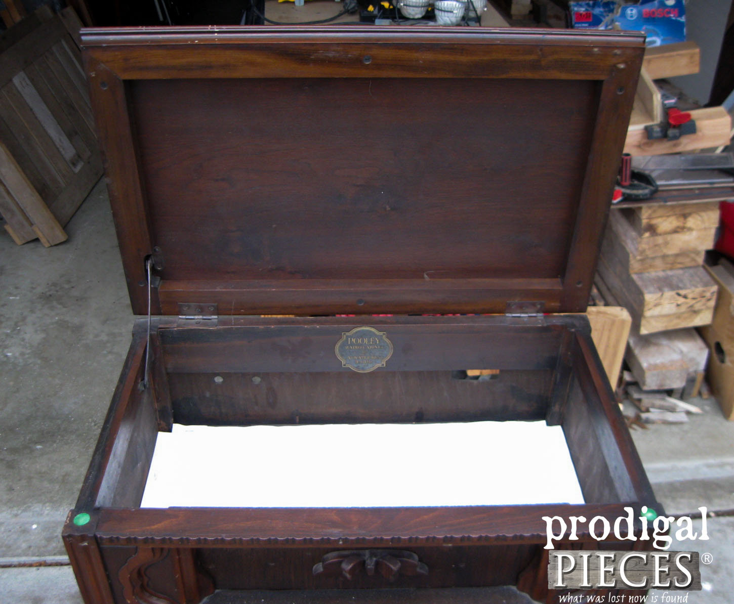 Open Antique Radio Top | Prodigal Pieces | www.prodigalpieces.com