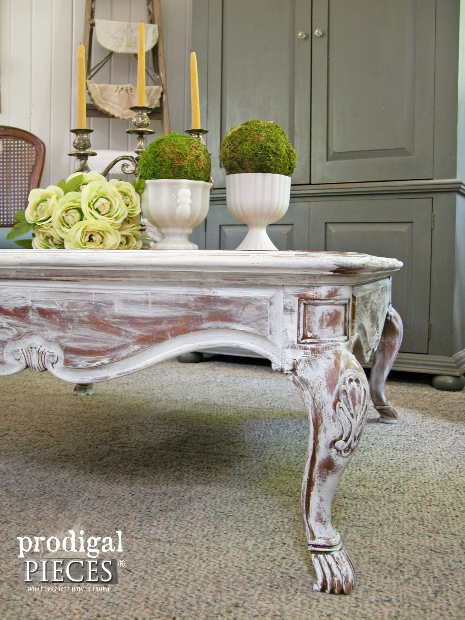Corner of Whitewashed Claw Foot Table by Prodigal Pieces | prodigalpieces.com