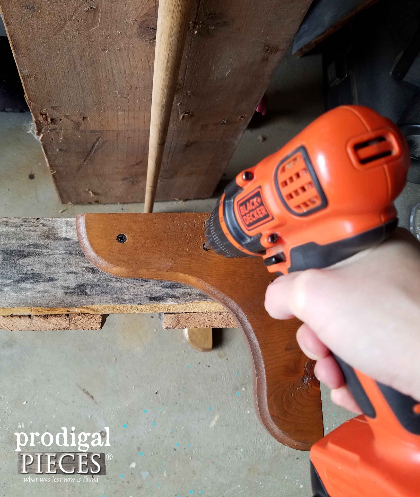 Attaching Corbel to Pallet Mug Rack | Prodigal Pieces | prodigalpieces.com