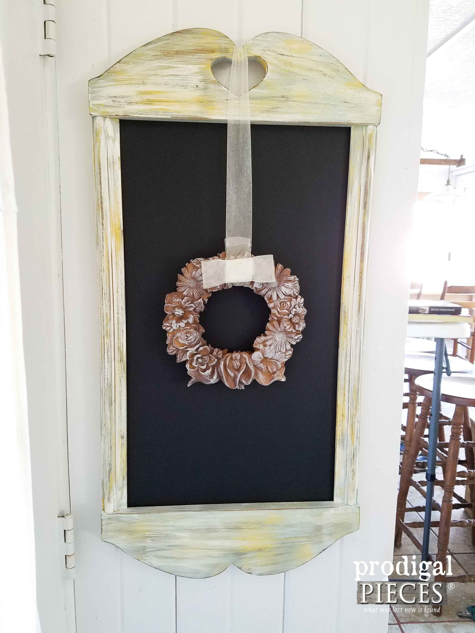 Thrifted Frame Repurposed into Rustic Chalkboard by Prodigal Pieces | prodigalpieces.com