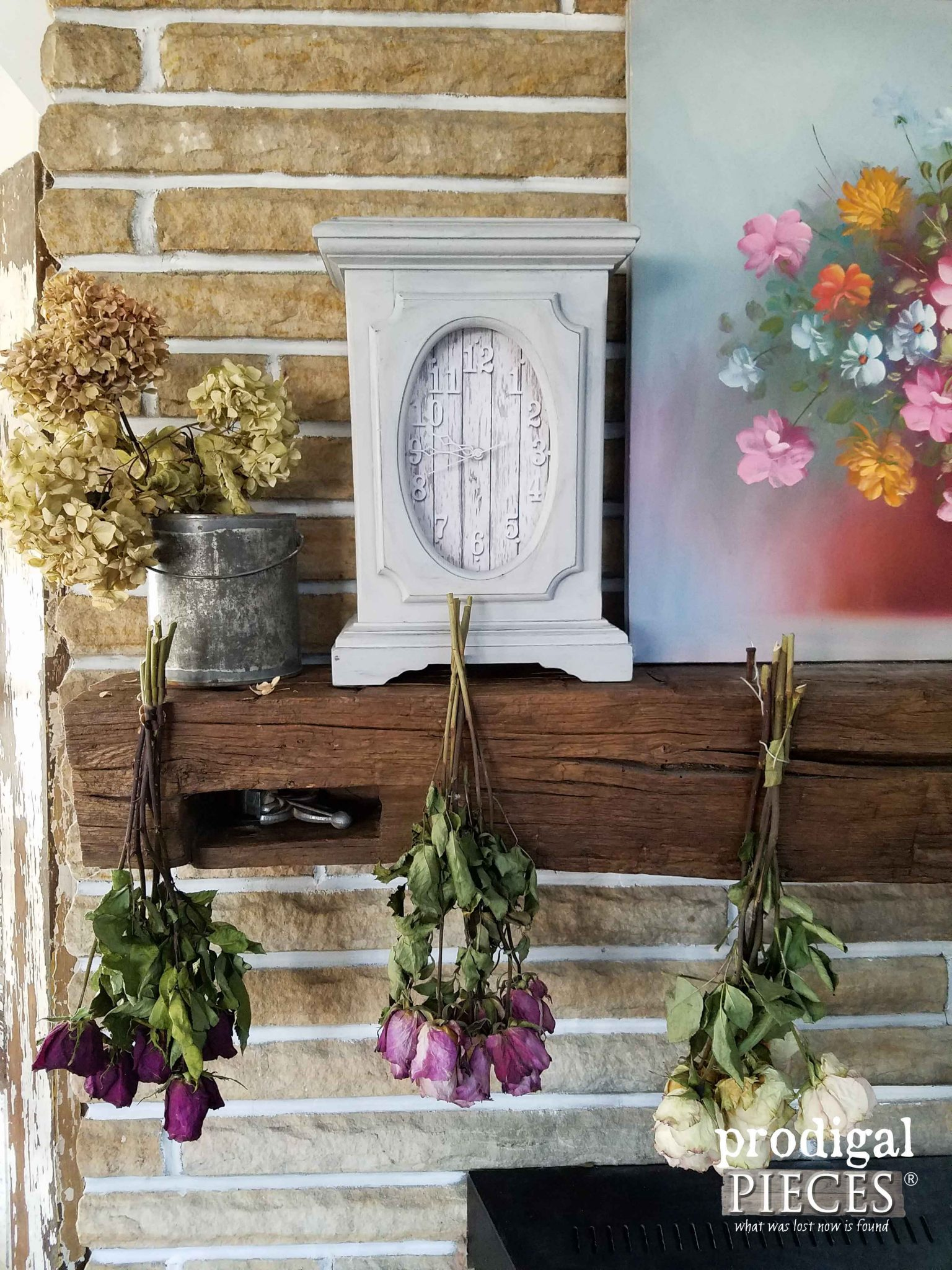Farmhouse Style Mantel Clock from Thrifted Find by Prodigal Pieces | prodigalpieces.com