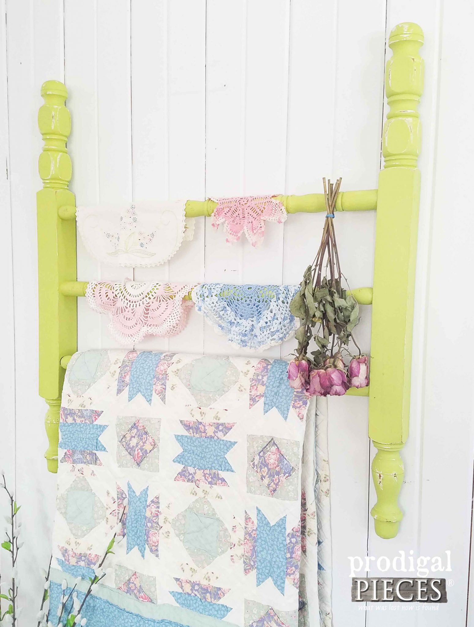 Super DIY Quilt Rack from Repurposed Parts - Prodigal Pieces EV82