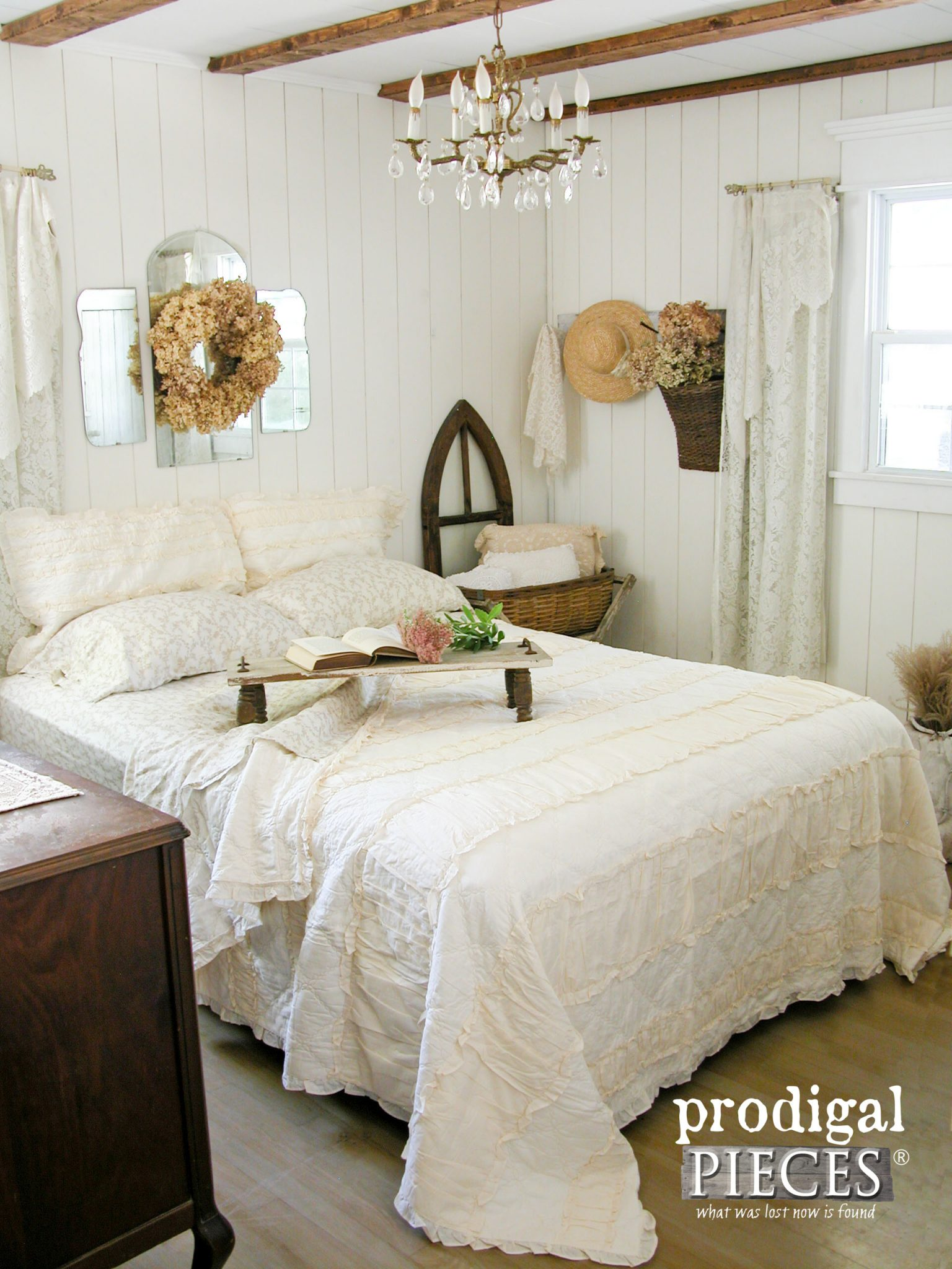 Farmhouse Style Master Bedroom Makeover with Reclaimed and Repurposed Sources by Prodigal Pieces | prodigalpieces.com