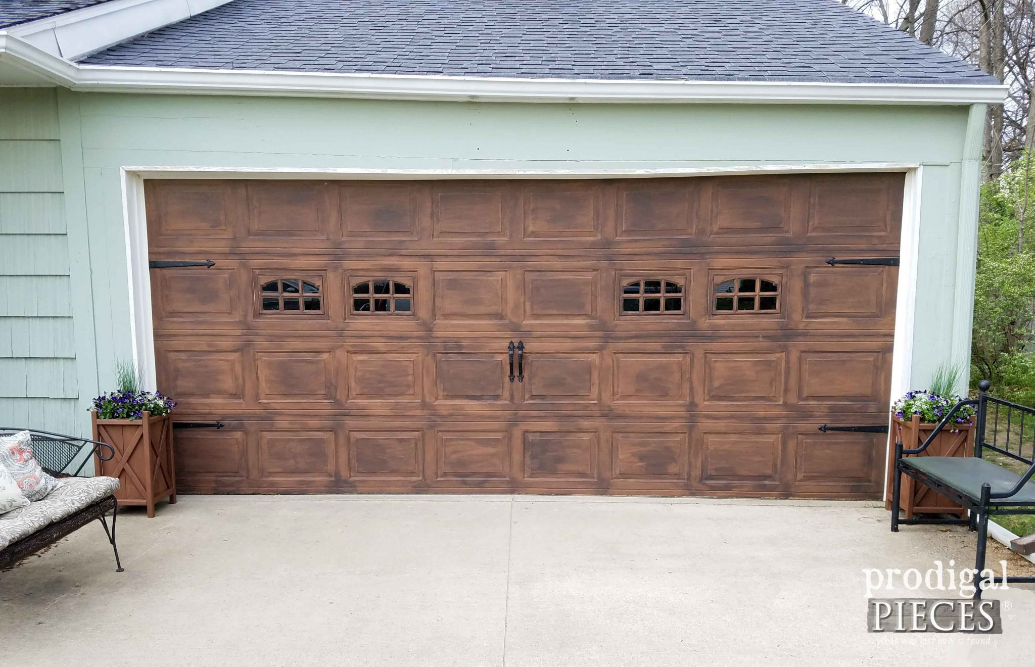 Faux Wood Garage Door with DIY Planter Tutorial at Prodigal Pieces | prodigalpieces.com