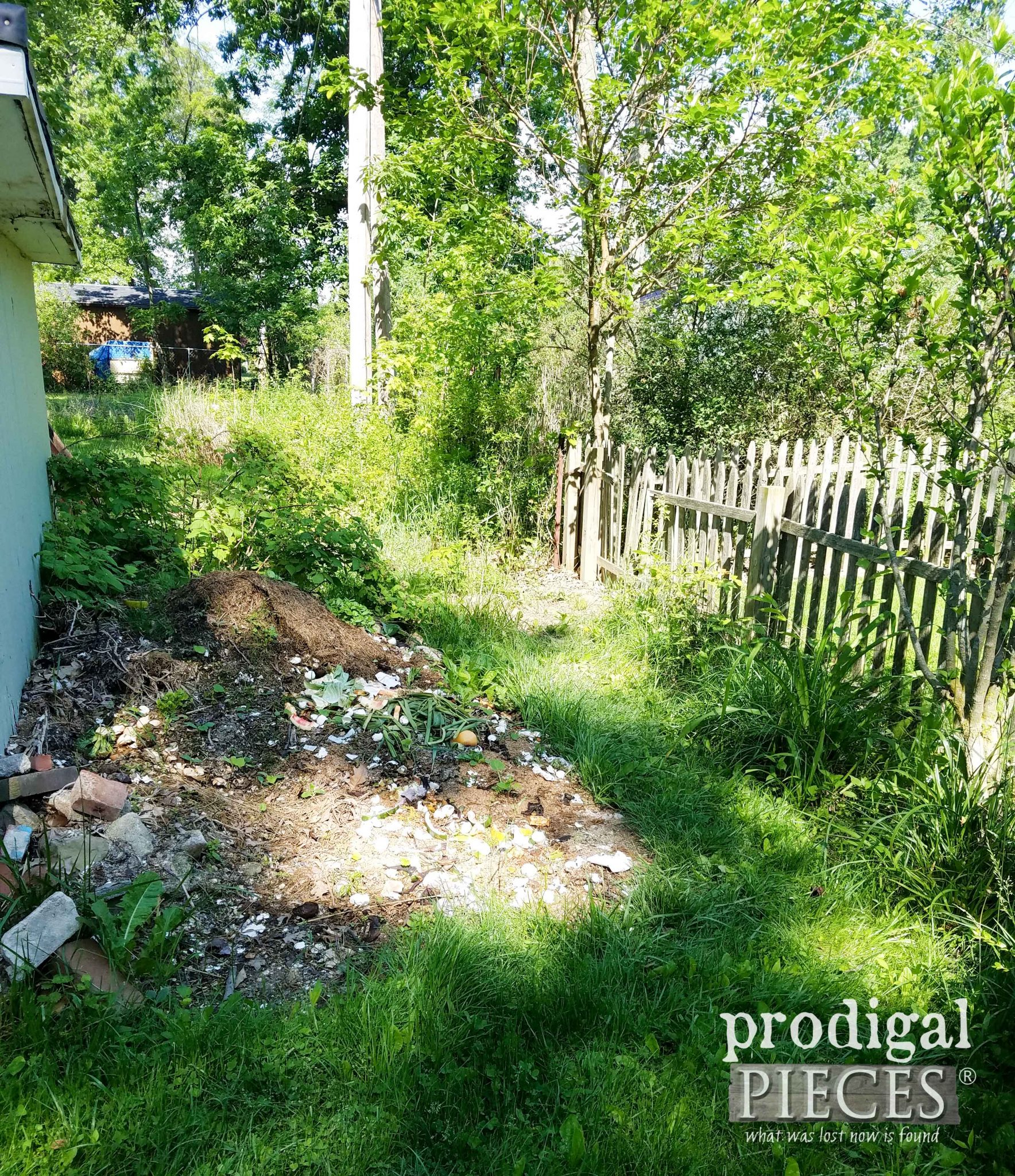 Compost Pile Before | prodigalpieces.com