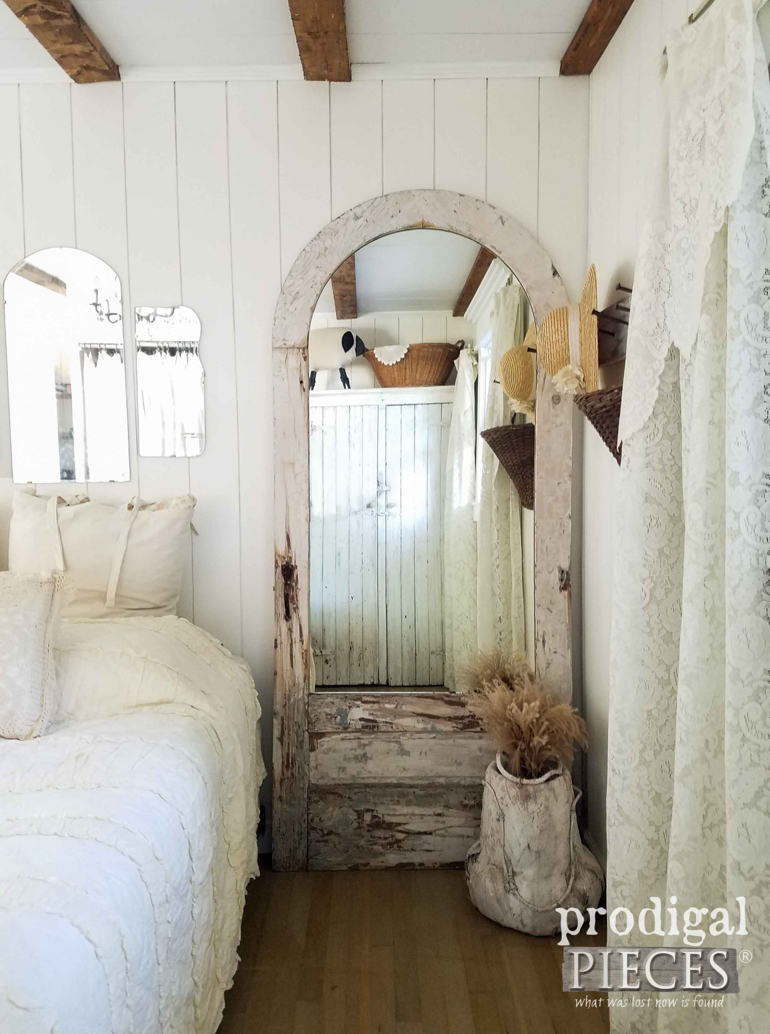 Exceptionnel Beautiful Arched Door Turned Into Mirror For Farmhouse Decor By Prodigal  Pieces | Prodigalpieces.com