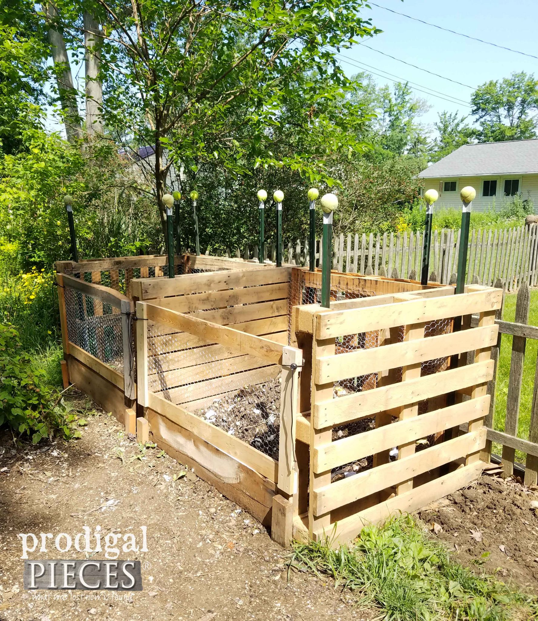 DIY Pallet Compost Bin by Prodigal Pieces | prodigalpieces.com