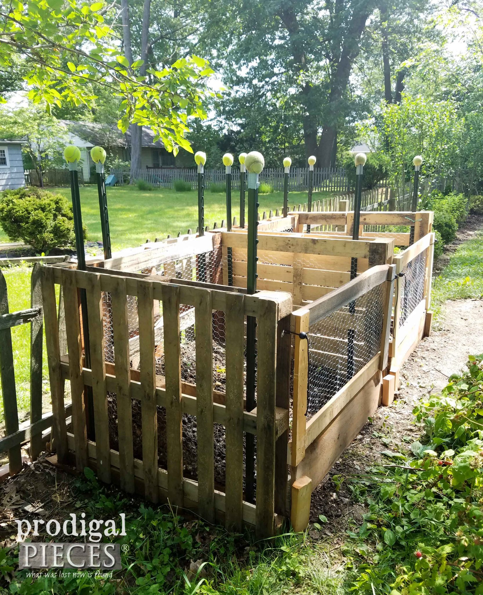 Easy DIY Pallet Compost Bin built by Prodigal Pieces | prodigalpieces.com