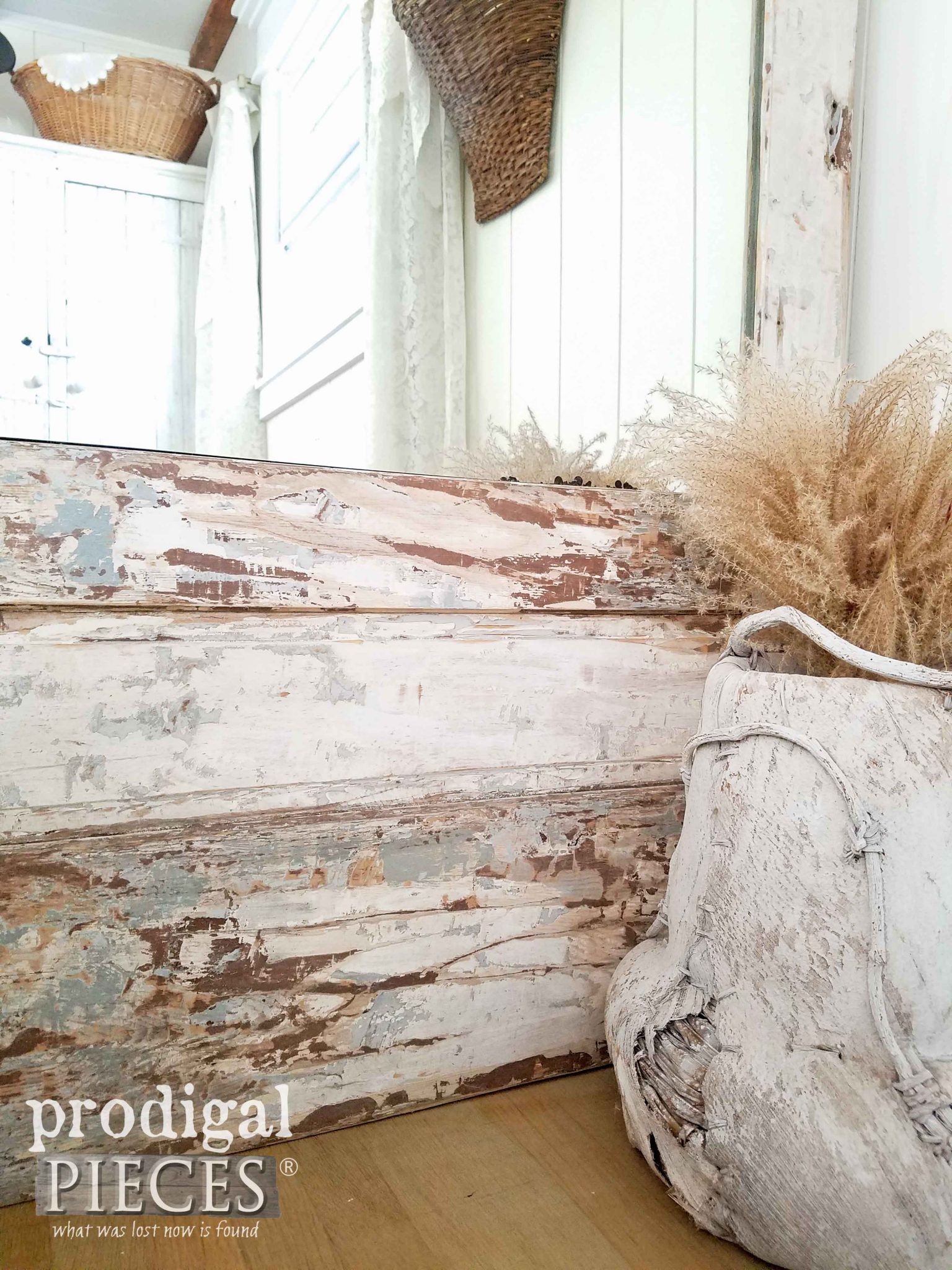 Gorgeous Chippy Paint on Curbside Find Door Repurposed by Prodigal Pieces | prodigalpieces.com