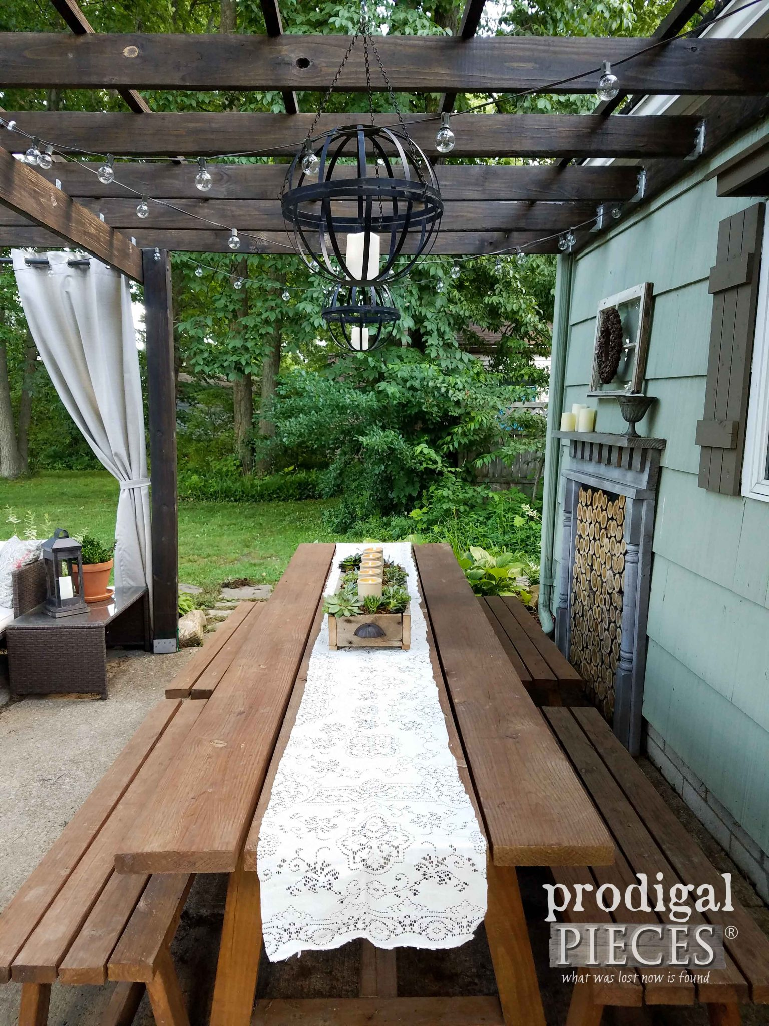 Patio Dining Table with DIY Succulent Centerpiece by Prodigal Pieces | prodigalpieces.com