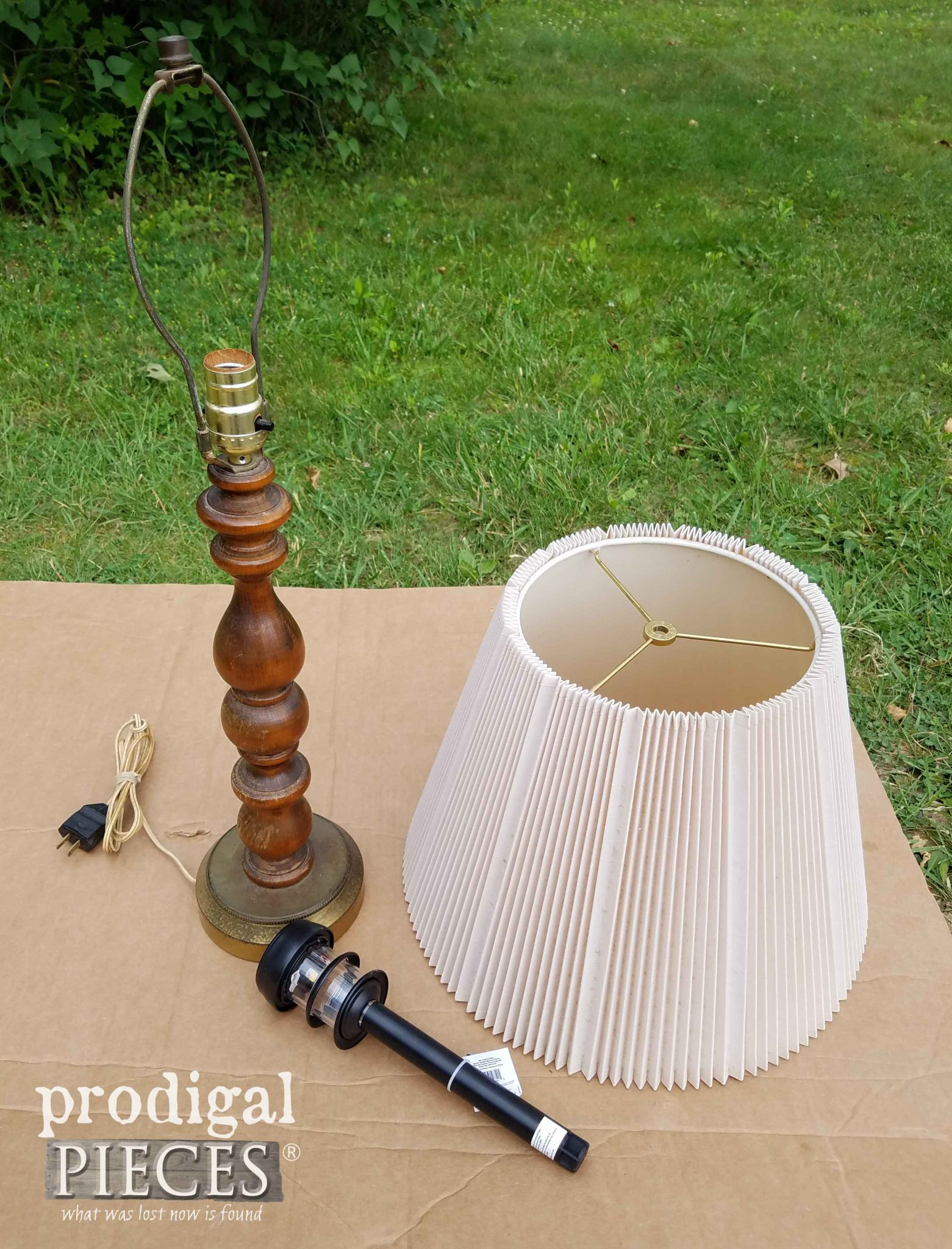 Supplies to make a DIY Solar Lamp by Prodigal Pieces | prodigalpieces.com