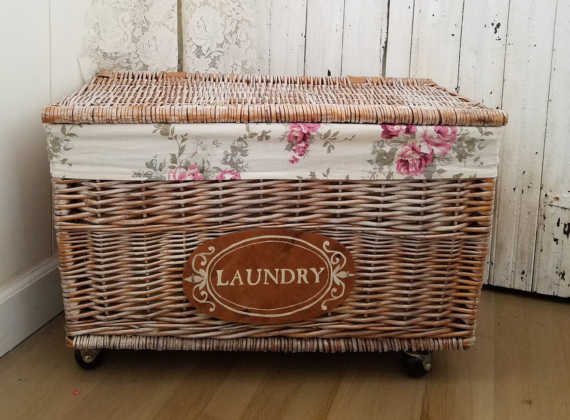 Featured DIY Rolling Laundry Cart by Prodigal Pieces | prodigalpieces.com