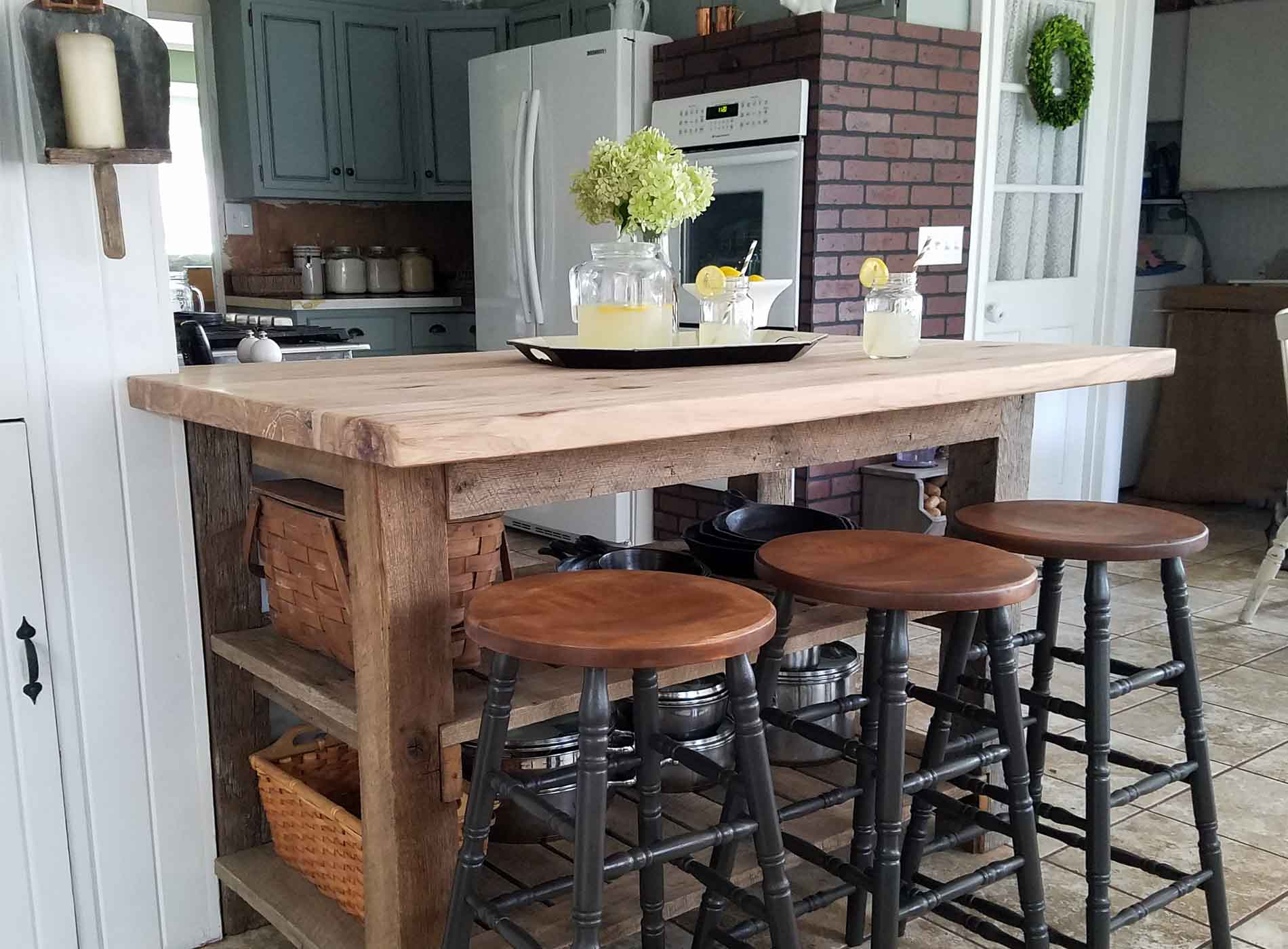 Featured Farmhouse Bar Stools by Prodigal Pieces | prodigalpieces.com