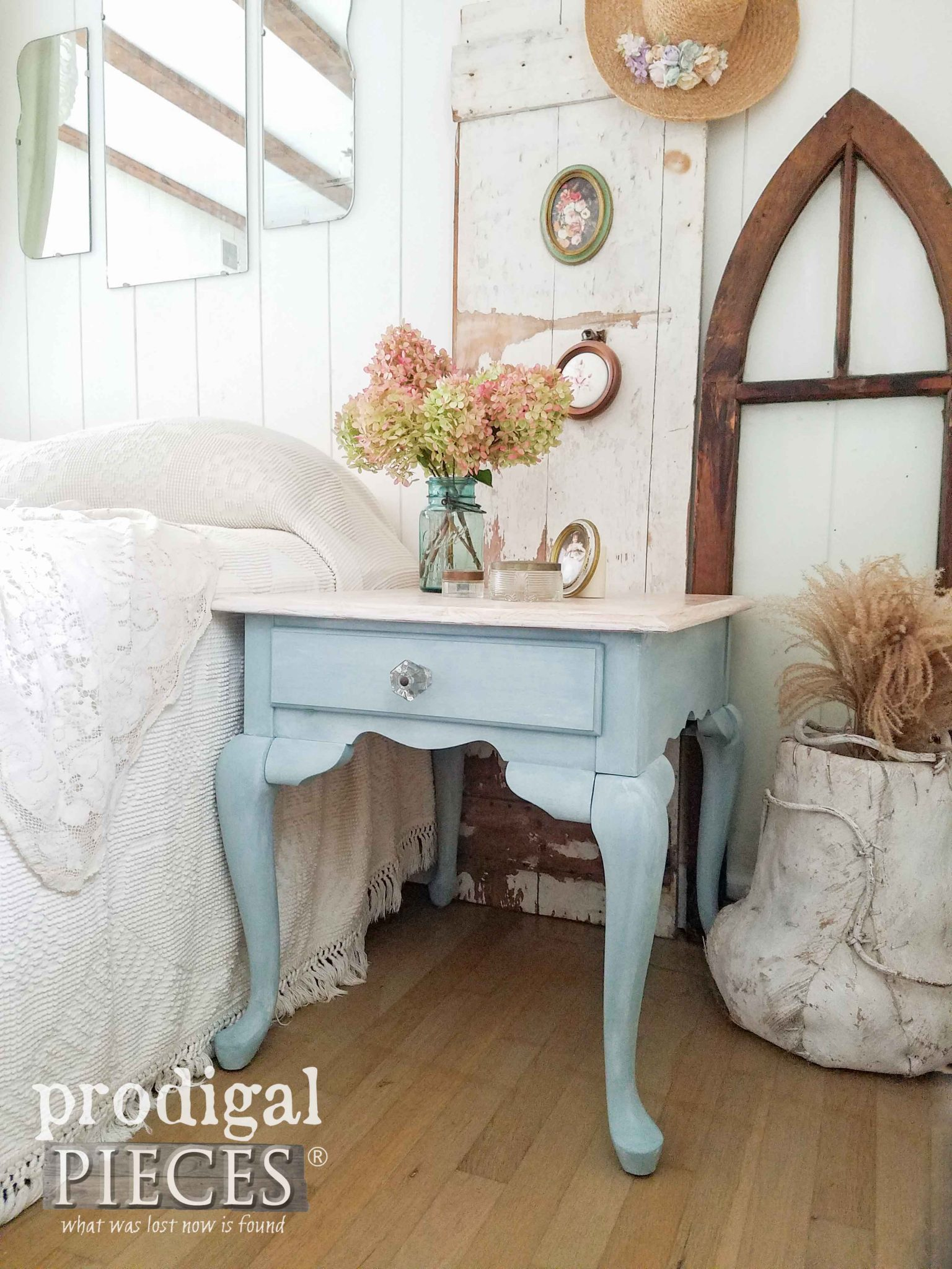 Cottage Farmhouse Style Queen Anne Table Makeover by Prodigal Pieces | prodigalpieces.com