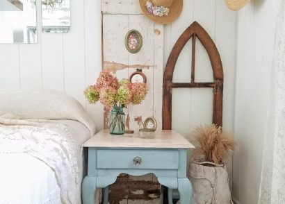 Featured Queen Anne Table Makeover by Prodigal Pieces | prodigalpieces.com