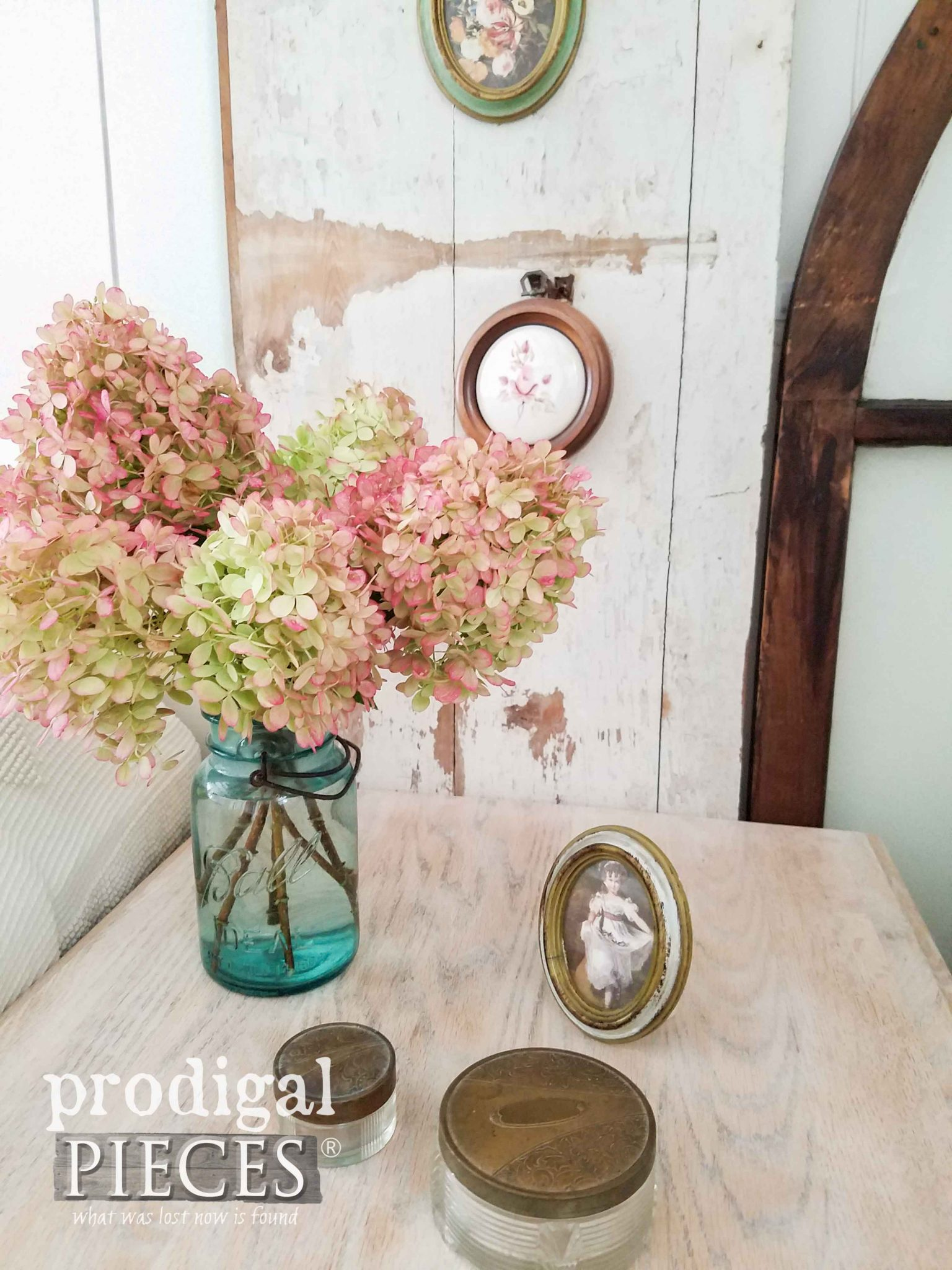 Bouquet of Hydrangea for Cottage Style Decor at Prodigal Pieces | prodigalpieces.com