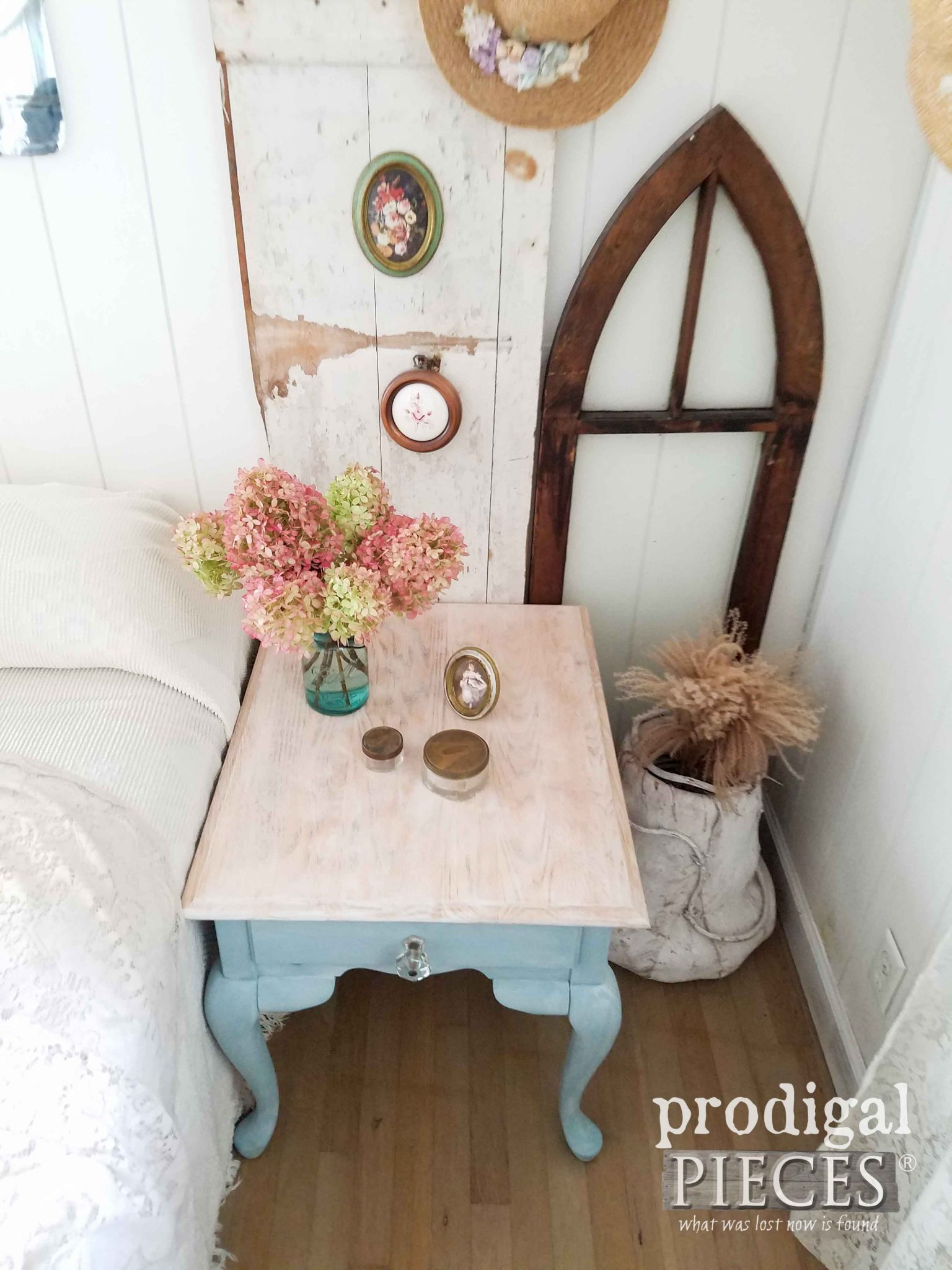 Whitewashed Oak Queen Anne Table with Fresh New Look by Prodigal Pieces | prodigalpieces.com