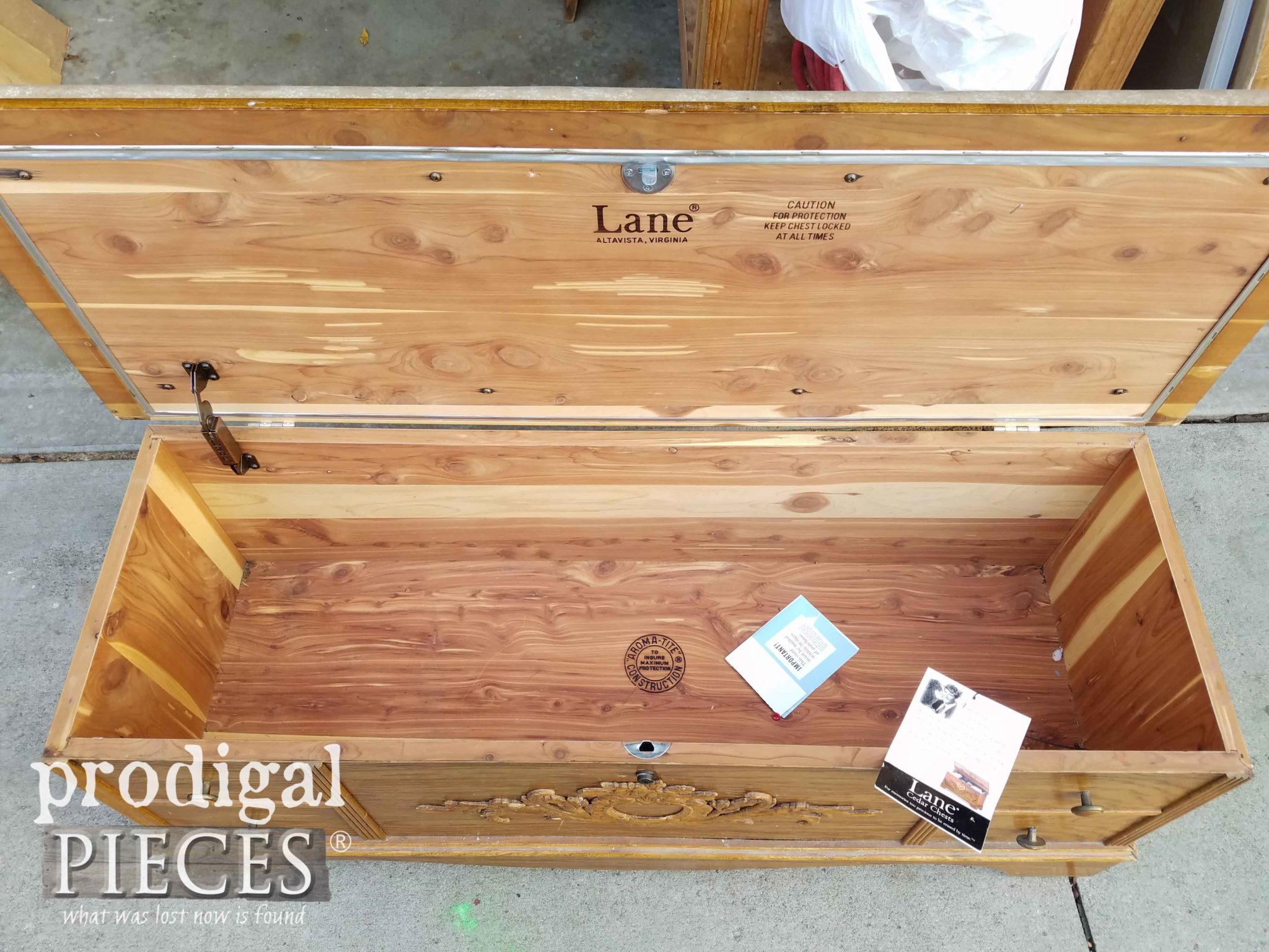 Cedar Lined Lane Blanket Chest | prodigalpieces.com