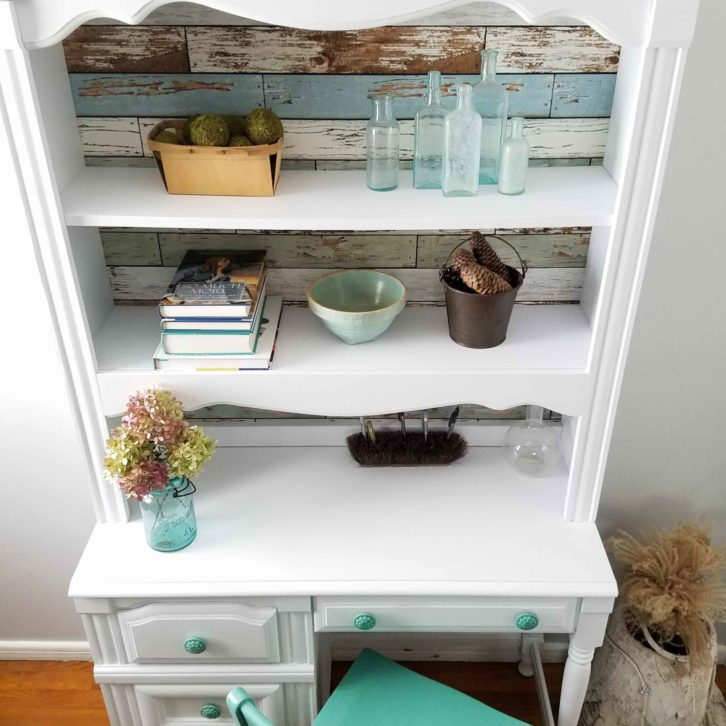 Outdated desk made new with a little DIY. Come see how easy it can be at Prodigal Pieces | prodigalpieces.com