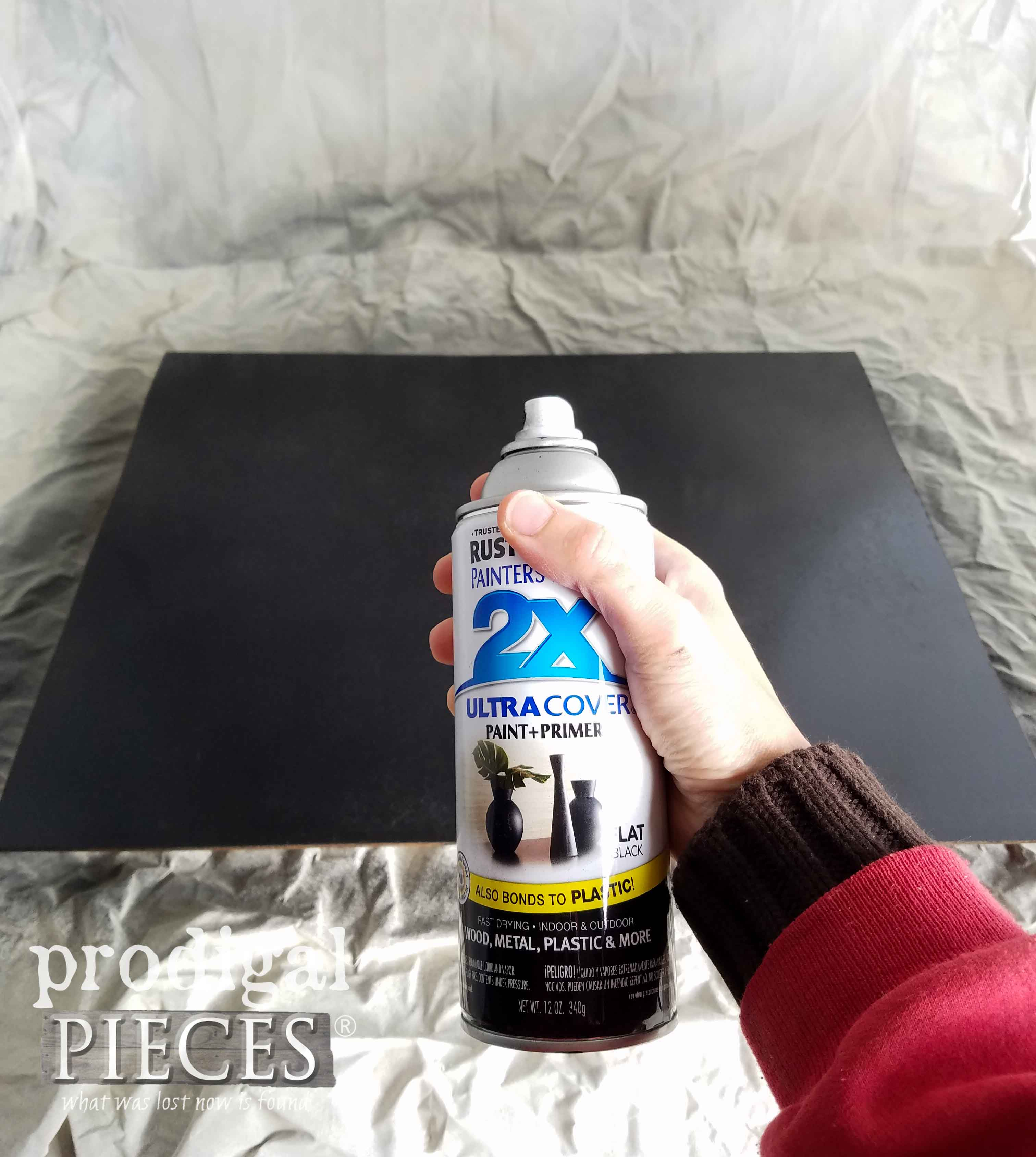 Spray Painting a DIY Chalkboard for Last-Minute Decor by Prodigal Pieces | prodigalpieces.com