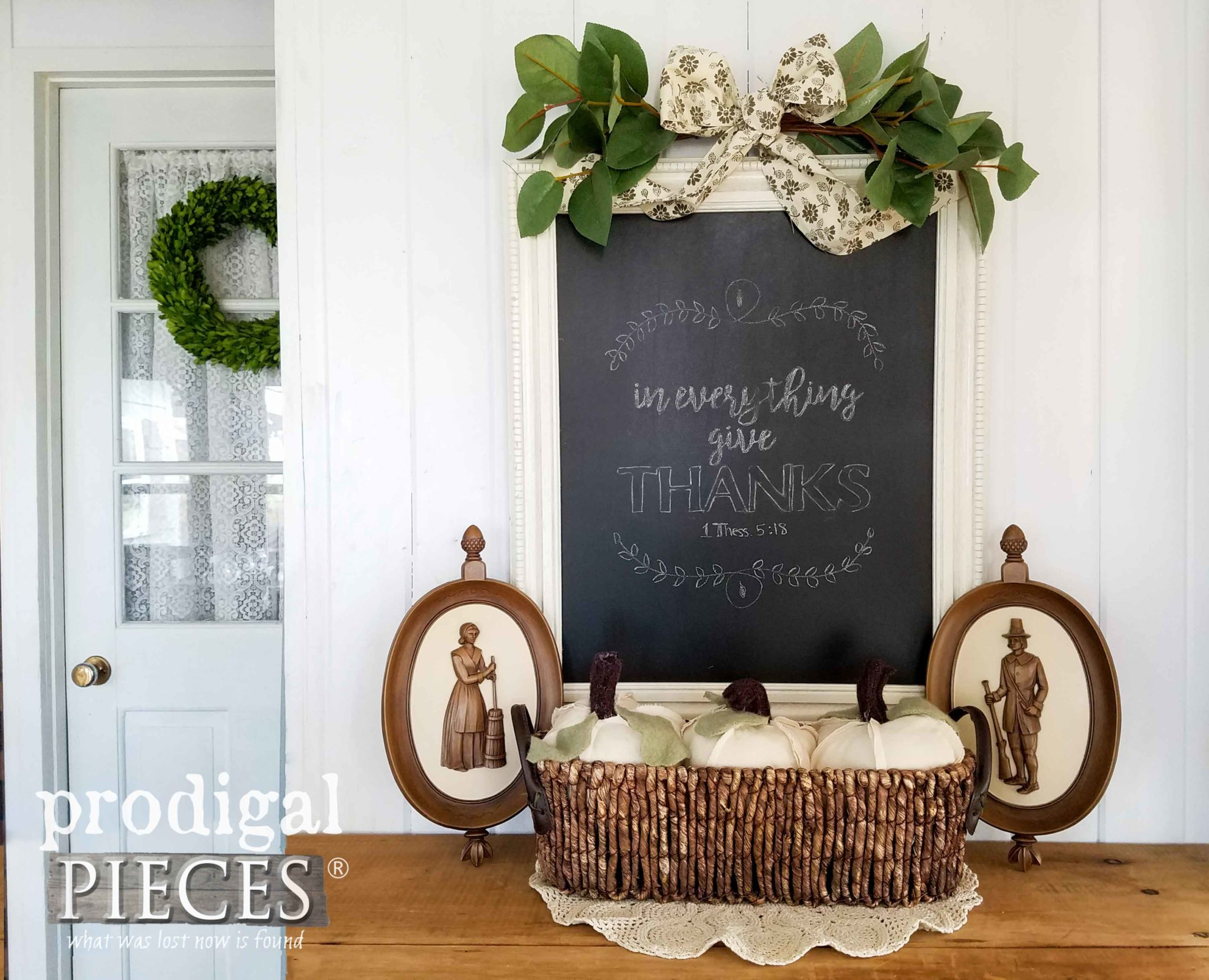 DIY Last-minute Thanksgiving Day Vignette by Larissa of Prodigal Pieces | prodigalpieces.com