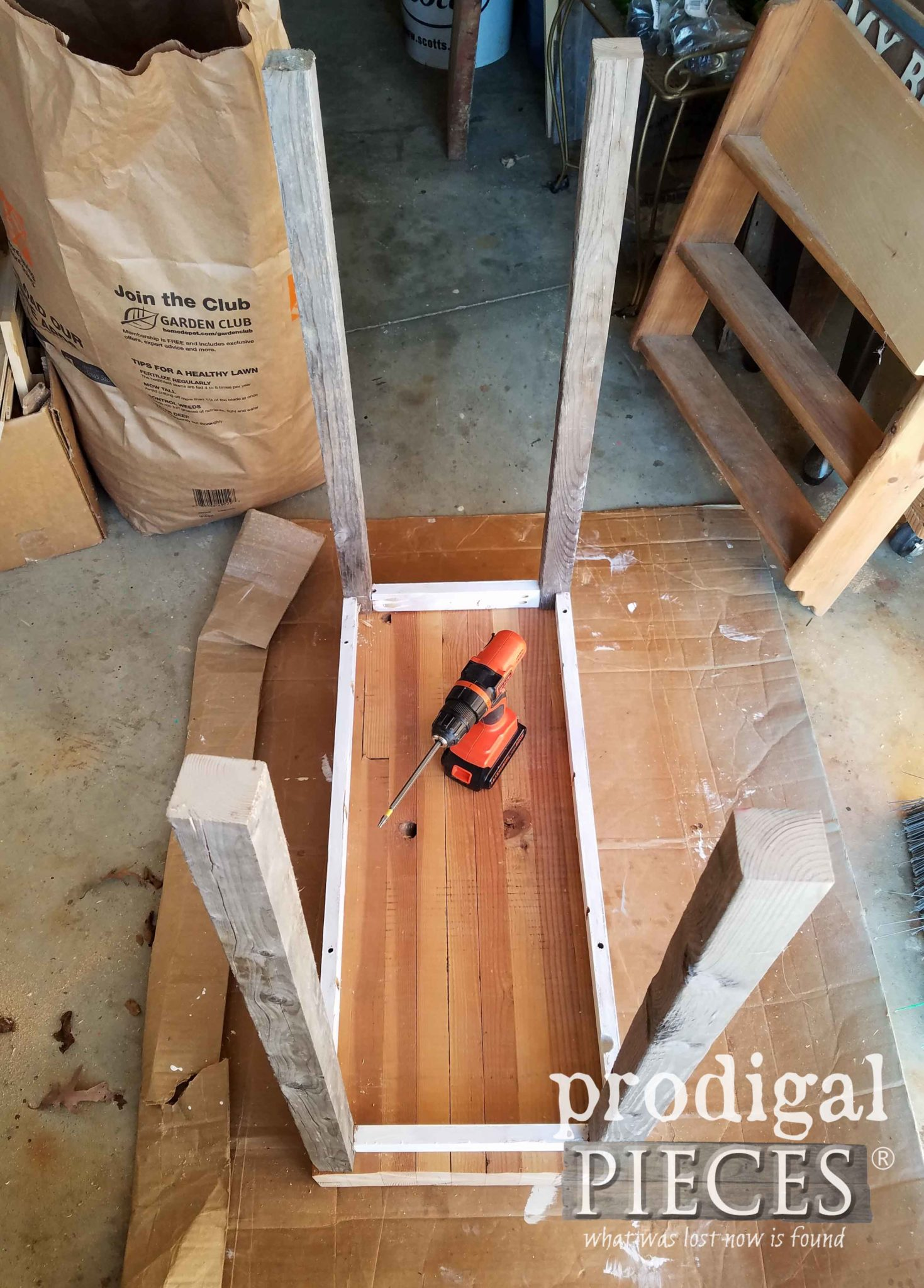 Dry Fit DIY Cart by Prodigal Pieces | prodigalpieces.com