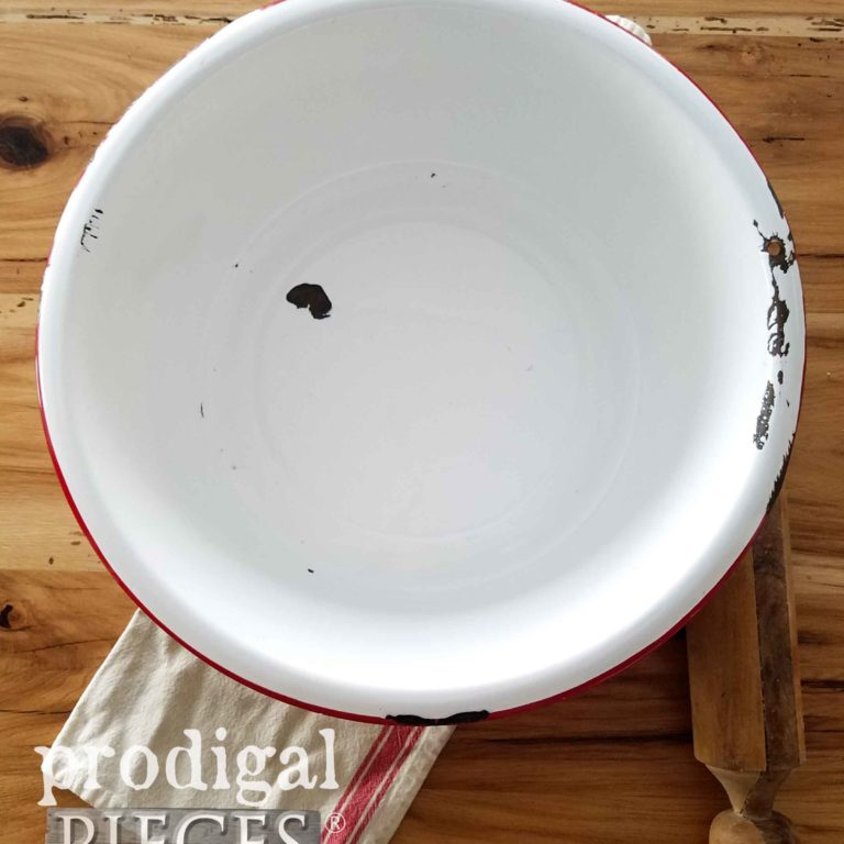 Farmhouse Enamelware Wash Basin in Red | Available at prodigalpieces.com
