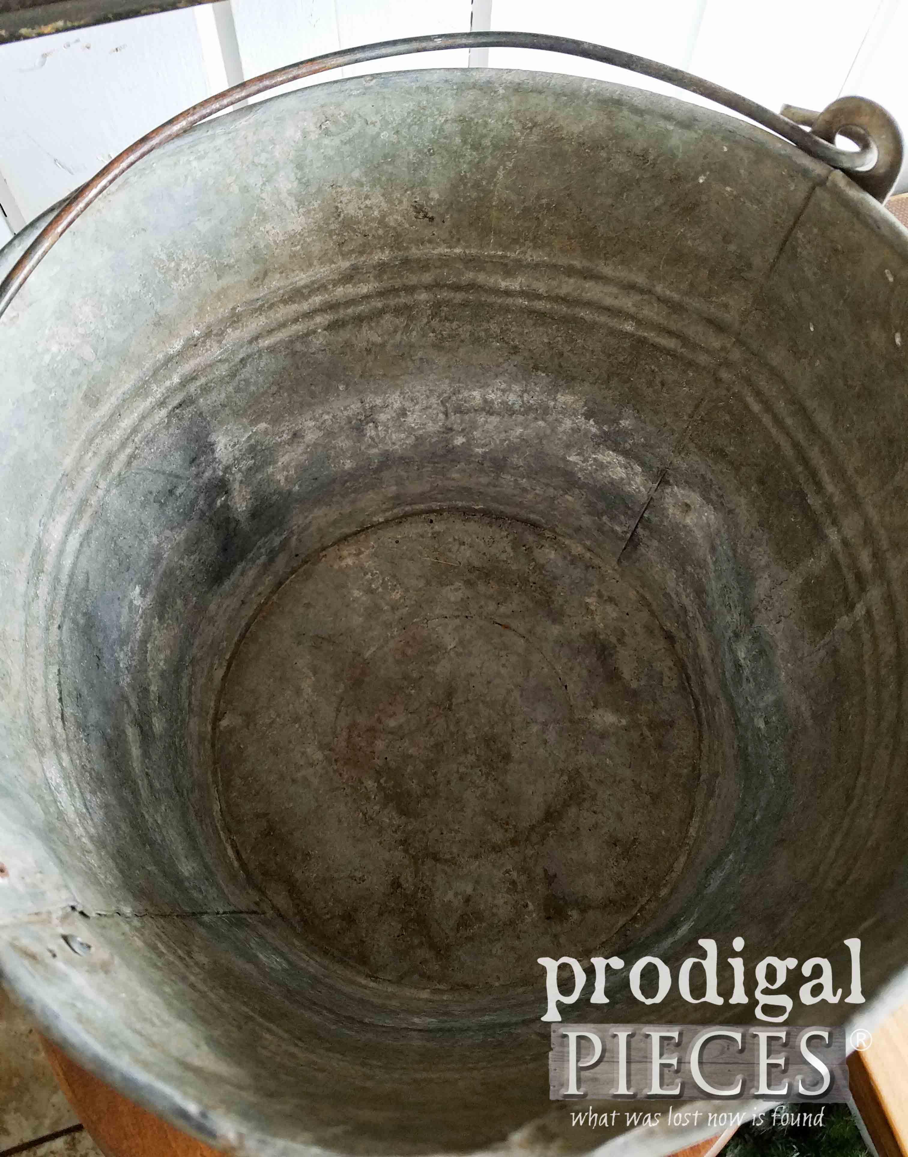Inside Galvanized Pail   prodigalpieces.com