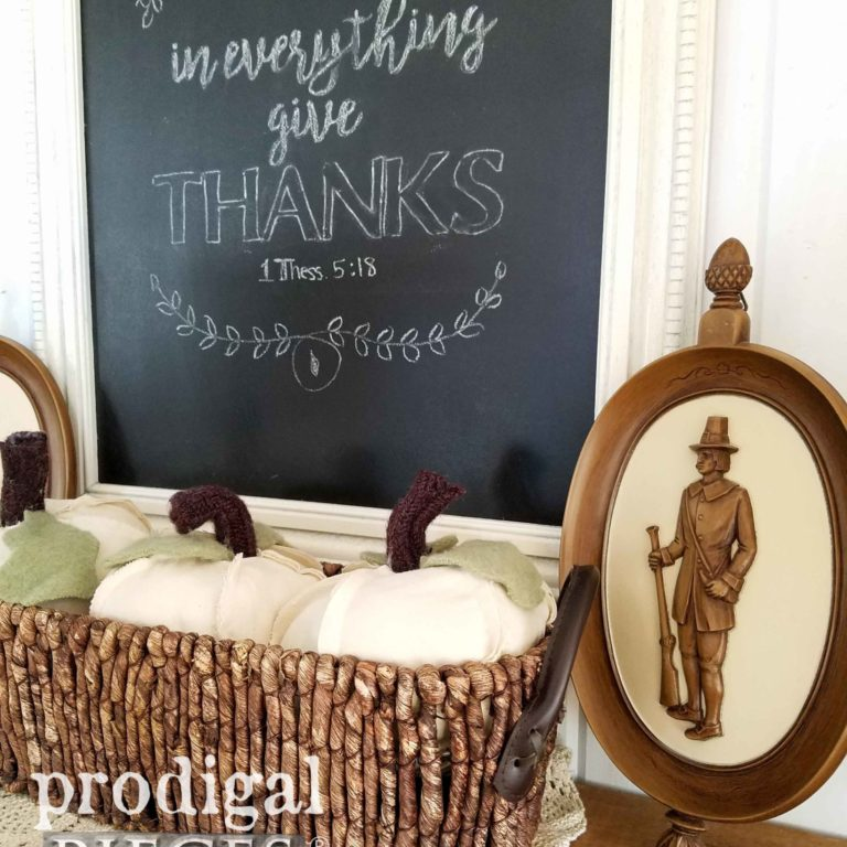 Vintage Thanksgiving Decor with Chalkboard | prodigalpieces.com