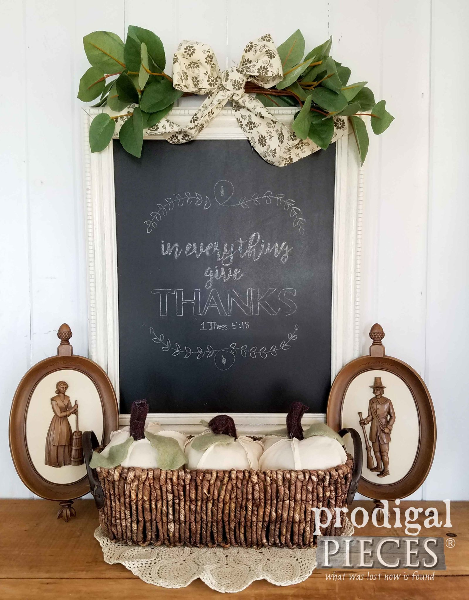 DIY Thrifted Thanksgiving Vignette with Chalkboard. Perfect for Last-Minute Decor | by Prodigal Pieces | prodigalpieces.com