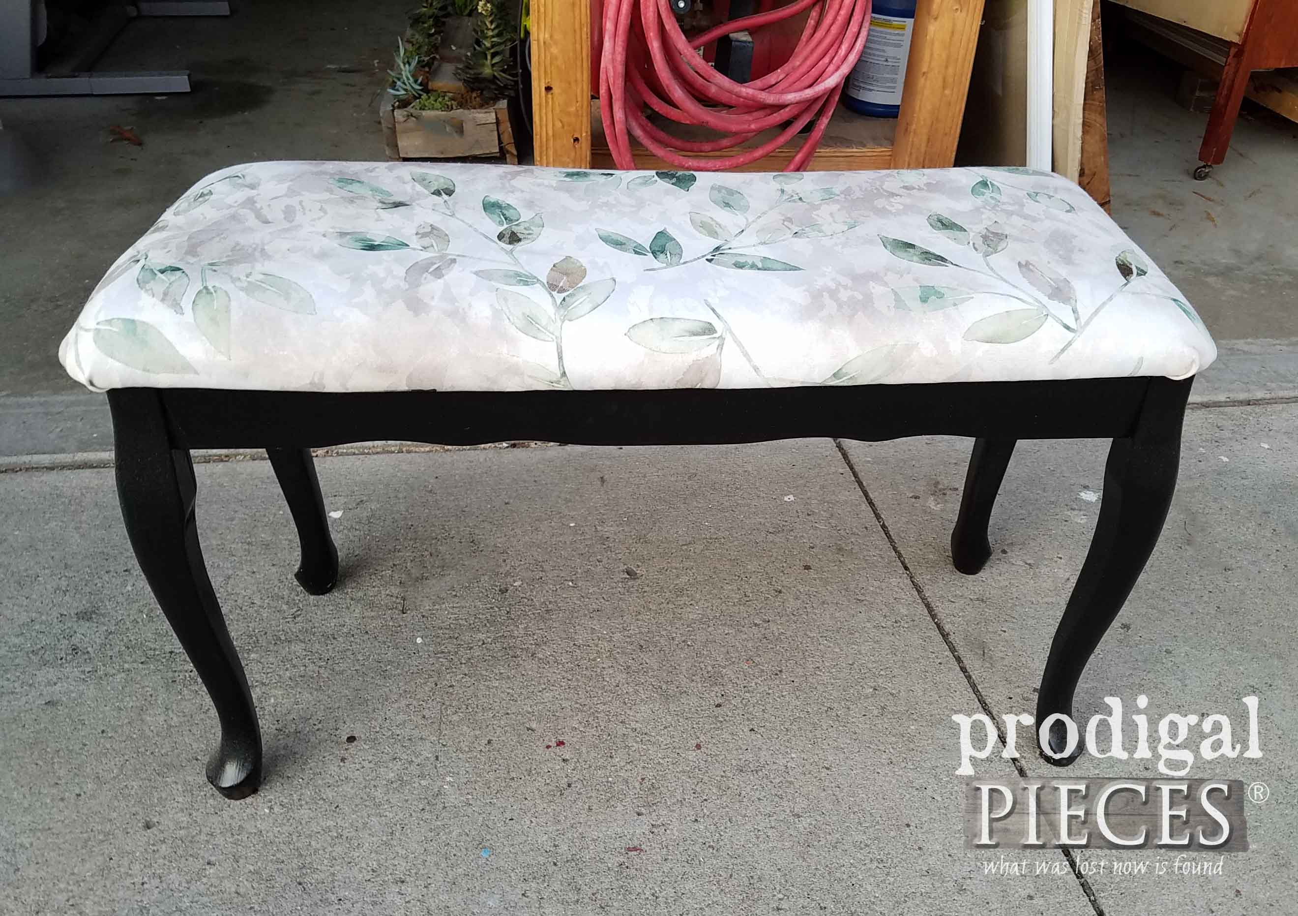 Upholstered Bench Before Makeover by Prodigal Pieces | prodigalpieces.com