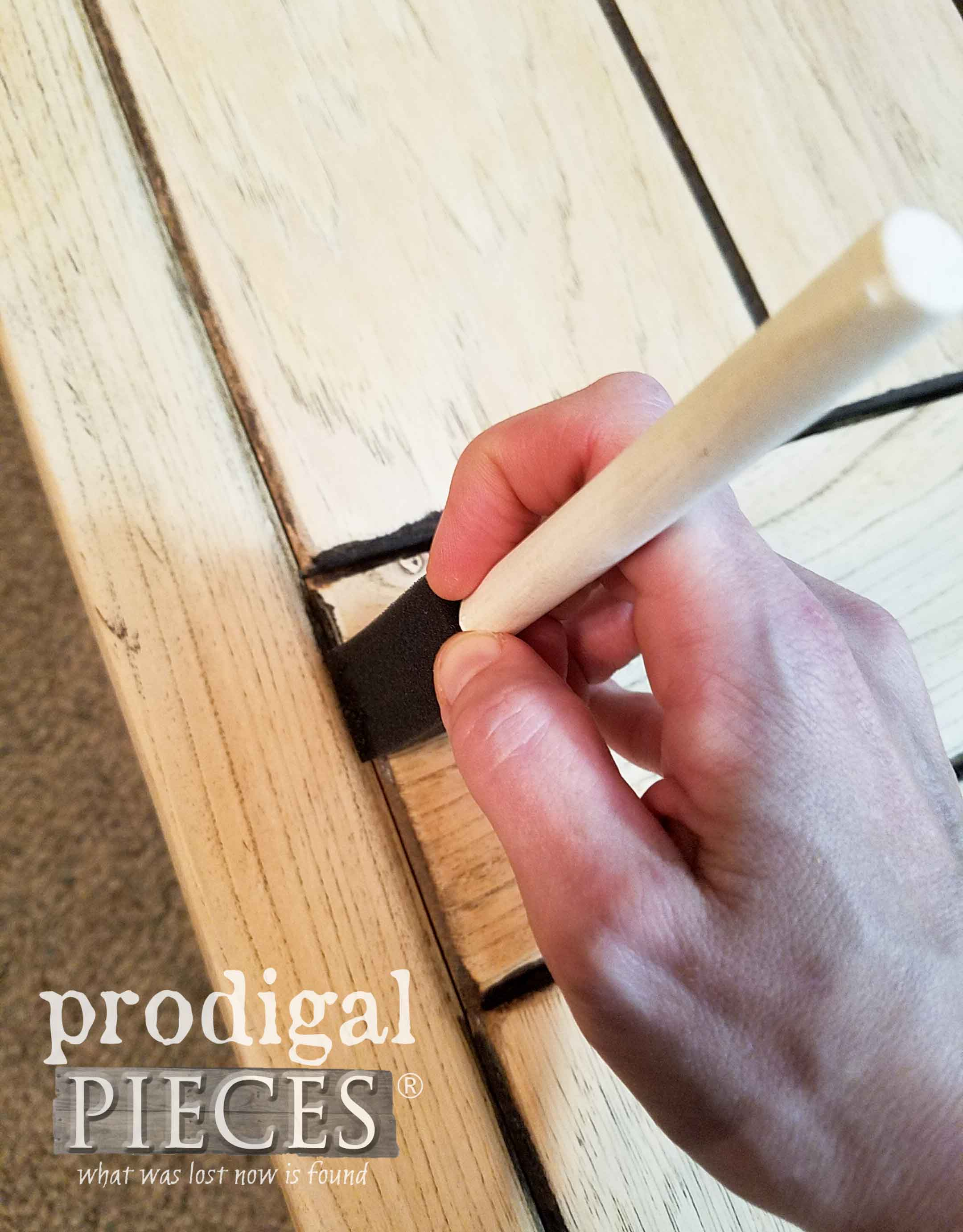 Applying Stain to Crevices of Table Top | prodigalpieces.com