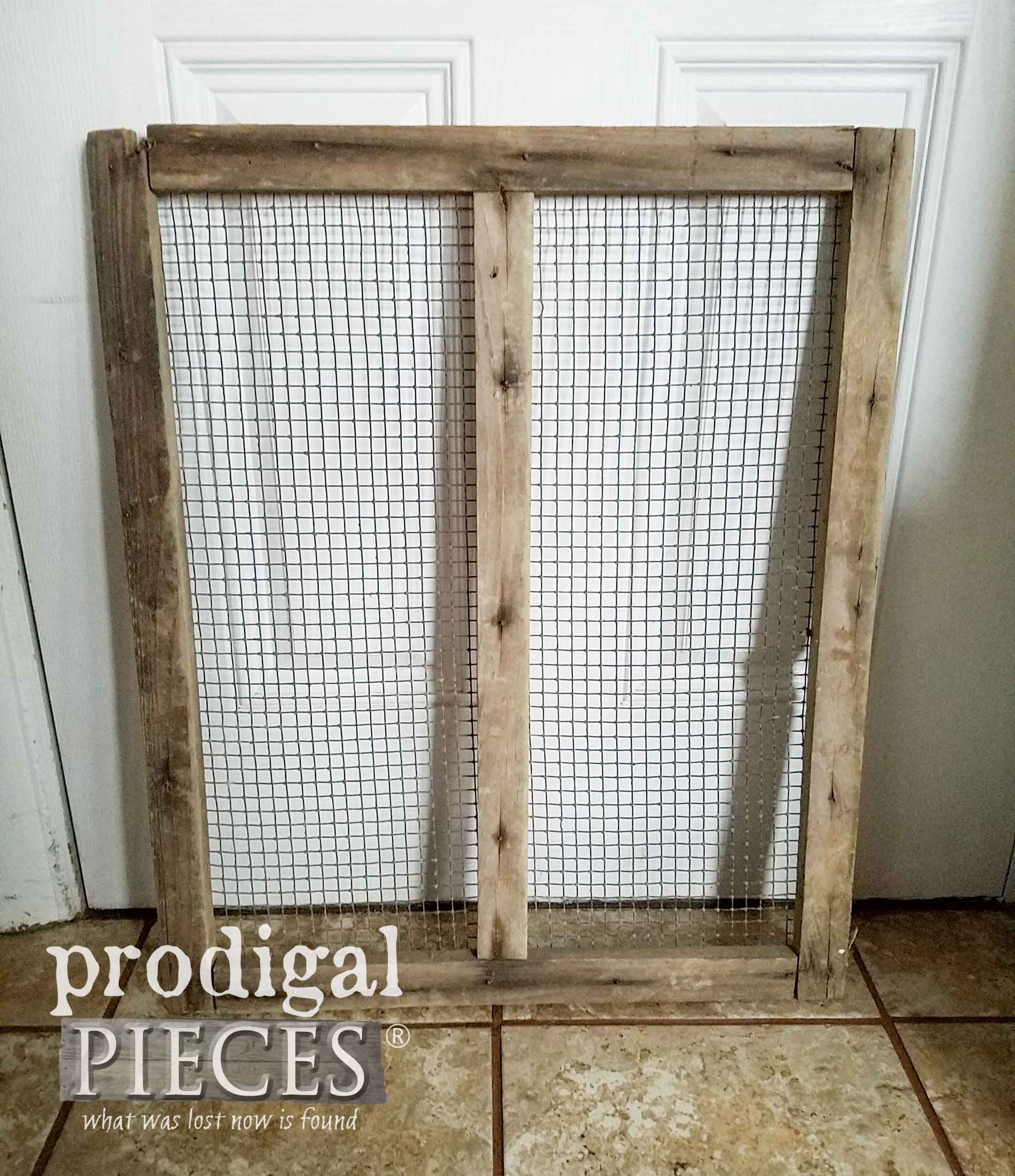 Old Barn Screen Before Makeover by Prodigal Pieces | prodigalpieces.com