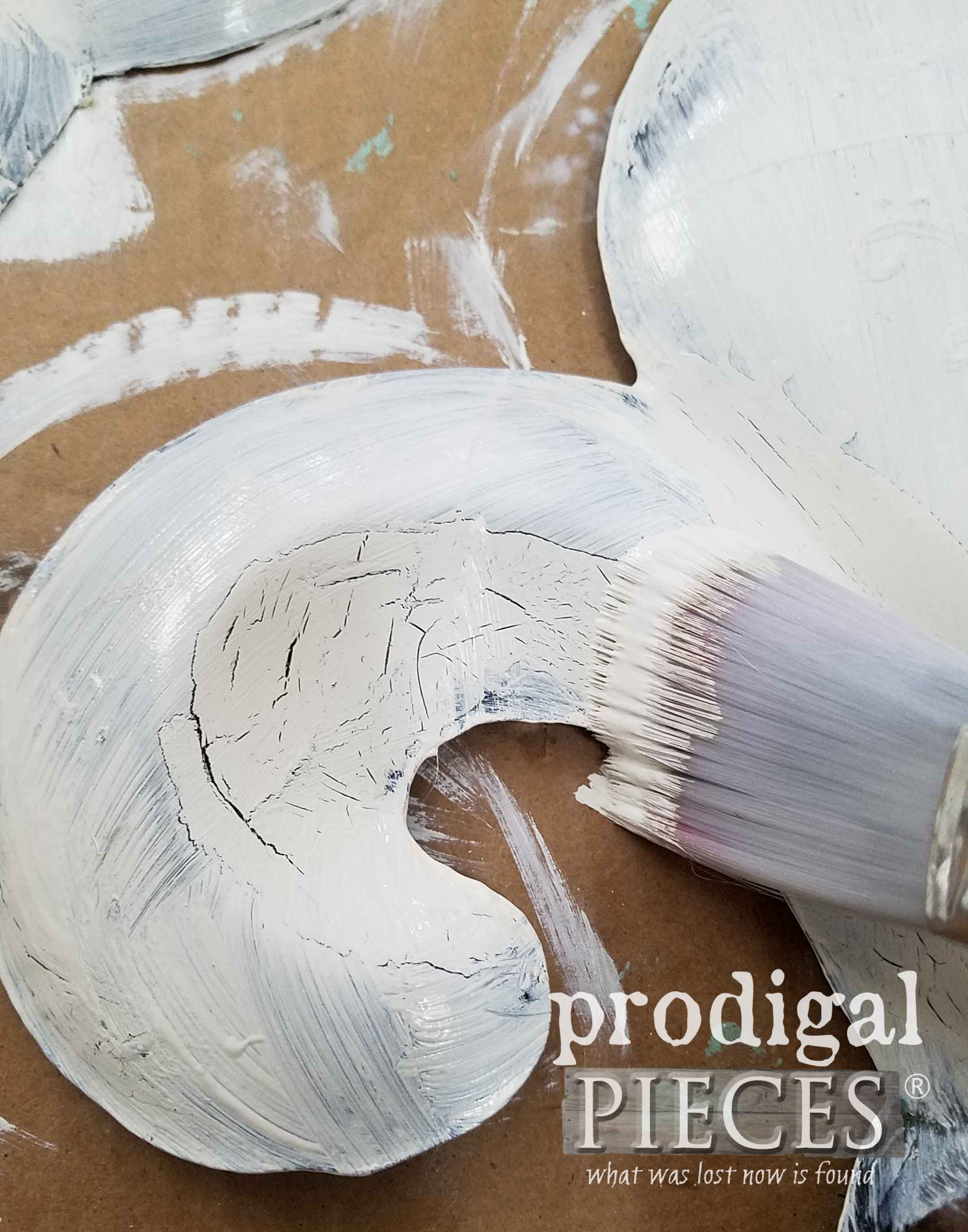 Creating Crackle Effect on Fleur de Lis | prodigalpieces.com