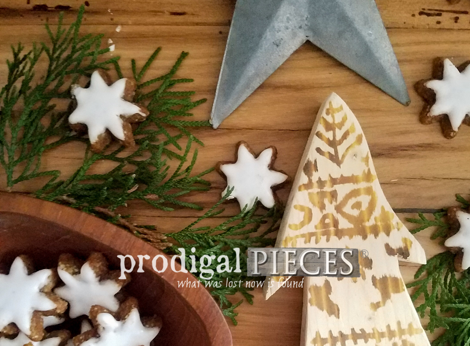 Featured Heat Gun Wood Burning by Larissa of Prodigal Pieces | prodigalpieces.com