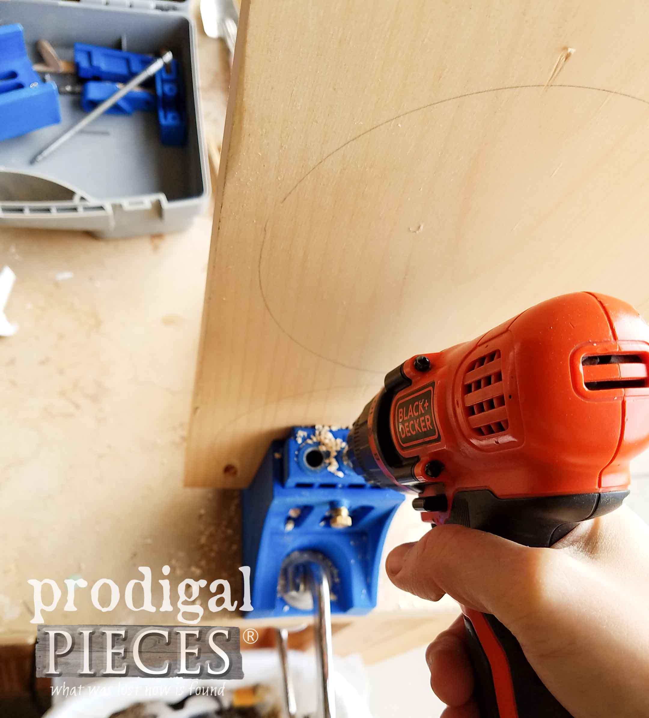 Kreg Pocket Hole Jig for Beanie Baby Shelf | prodigalpieces.com