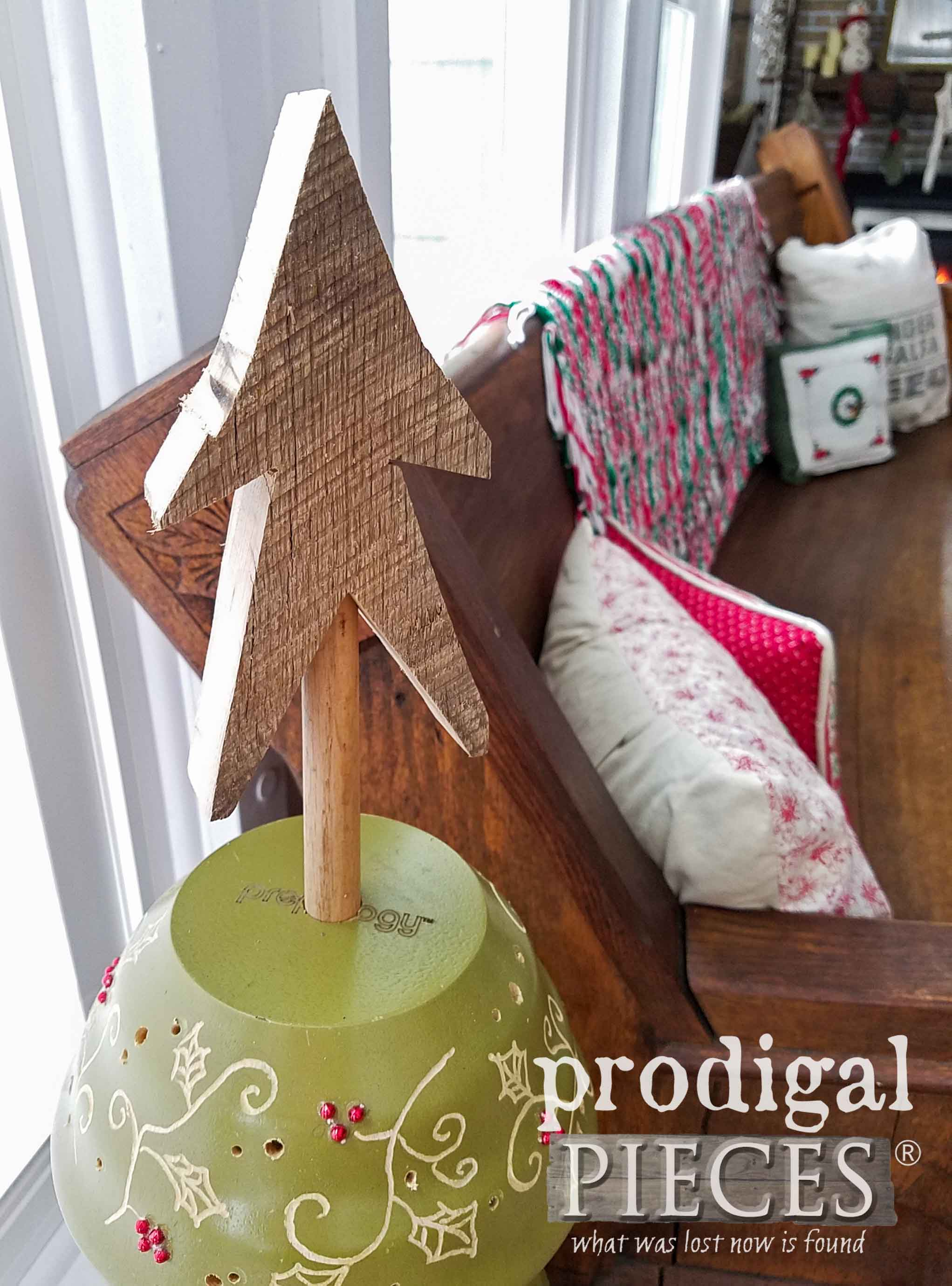 Reclaimed Wood Star on Repurposed Christmas Tree by Prodigal Pieces | prodigalpieces.com