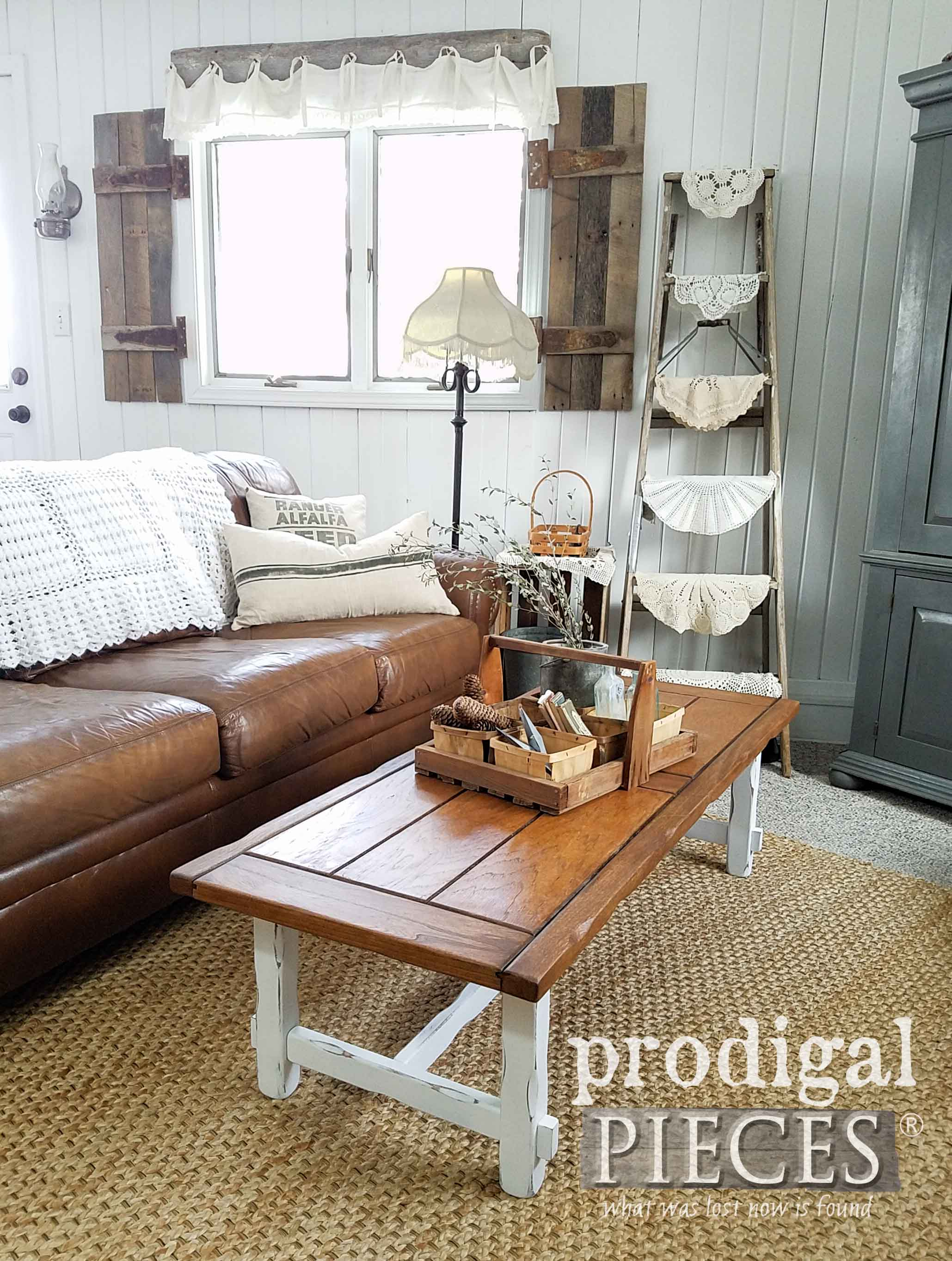 farmhouse coffee table diy your decor prodigal pieces. Black Bedroom Furniture Sets. Home Design Ideas