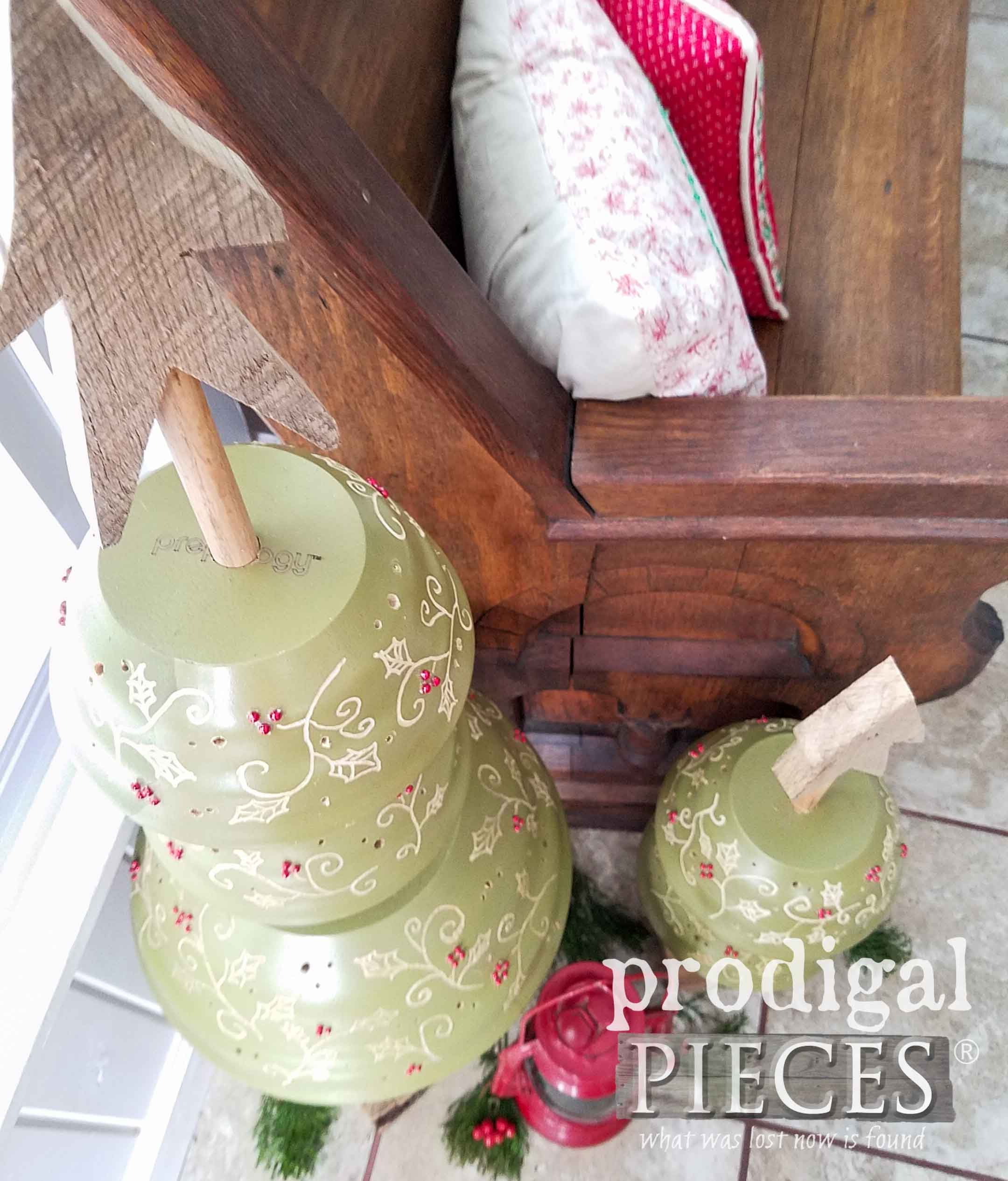 Repurposed and Upcycled Wooden Salad Bowls Turned Christmas Trees by Larissa of Prodigal Pieces | prodigalpieces.com