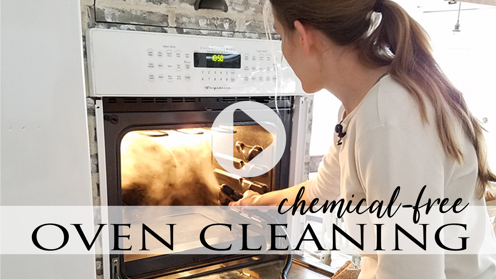 Video Tutorial Chemical-Free Oven Cleaning by Prodigal Pieces | prodigalpieces.com