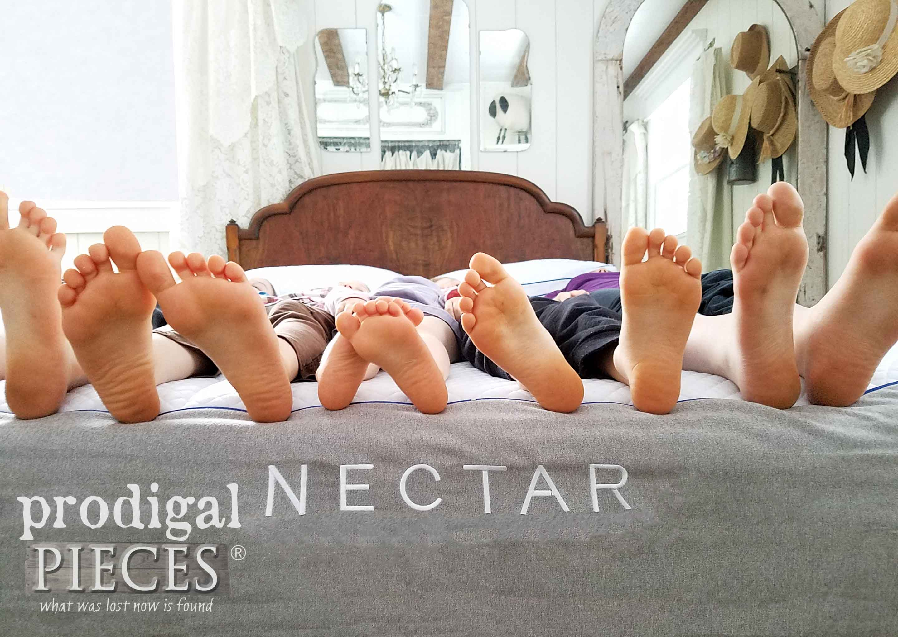 Haynes Family Kids Giving a NECTAR mattress a test run by Prodigal Pieces | prodigalpieces.com