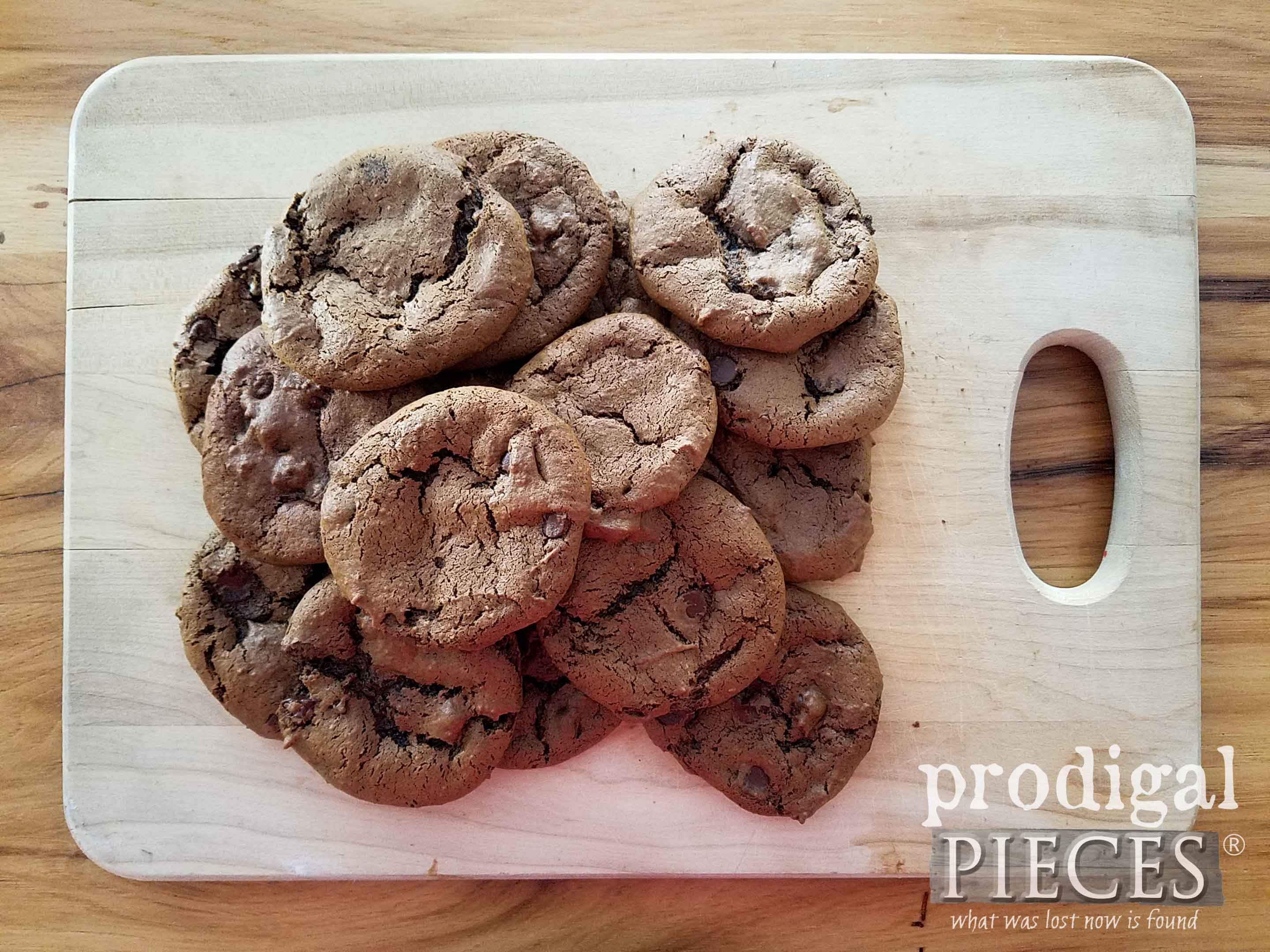 Pile o' goodness in these flourless chocolate fudge cookies | grain-free, gluten-free, dairy-free recipe at Prodigal Pieces | prodigalpieces.com