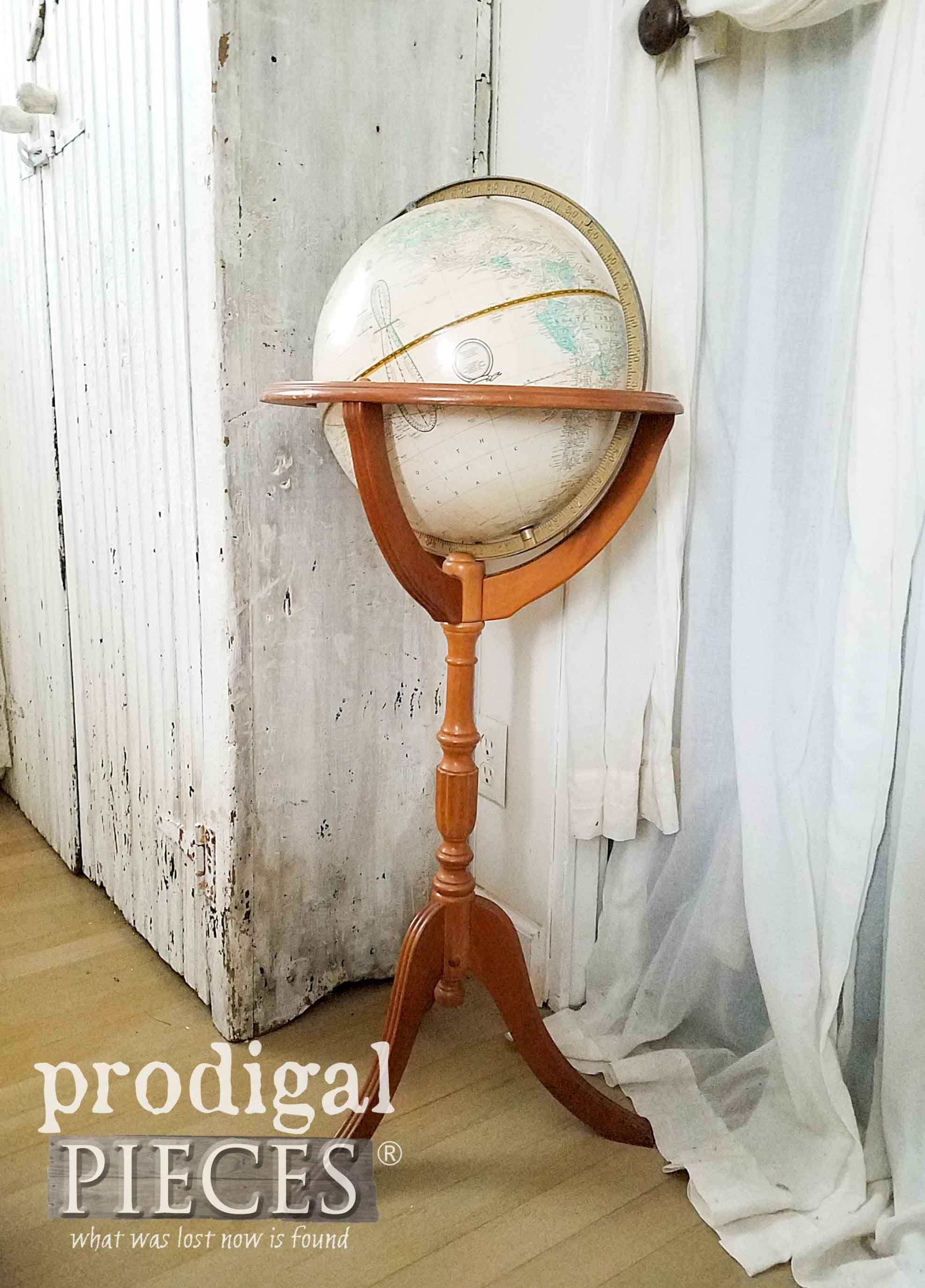 Vintage Powell Globe Stand by Prodigal Pieces | prodigalpiedes.com