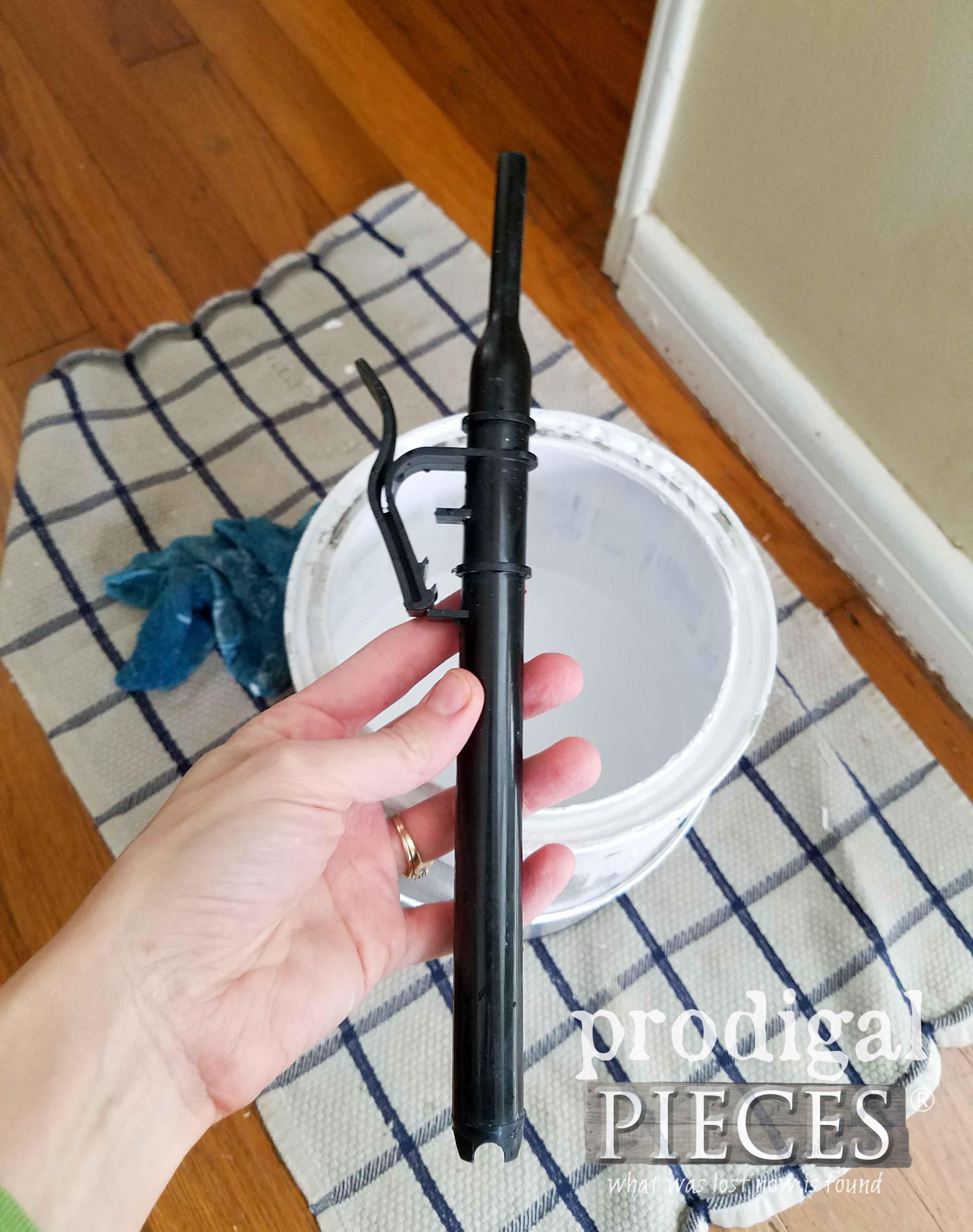 EZ-Twist Paint Stick Fill Tube | prodigalpieces.com
