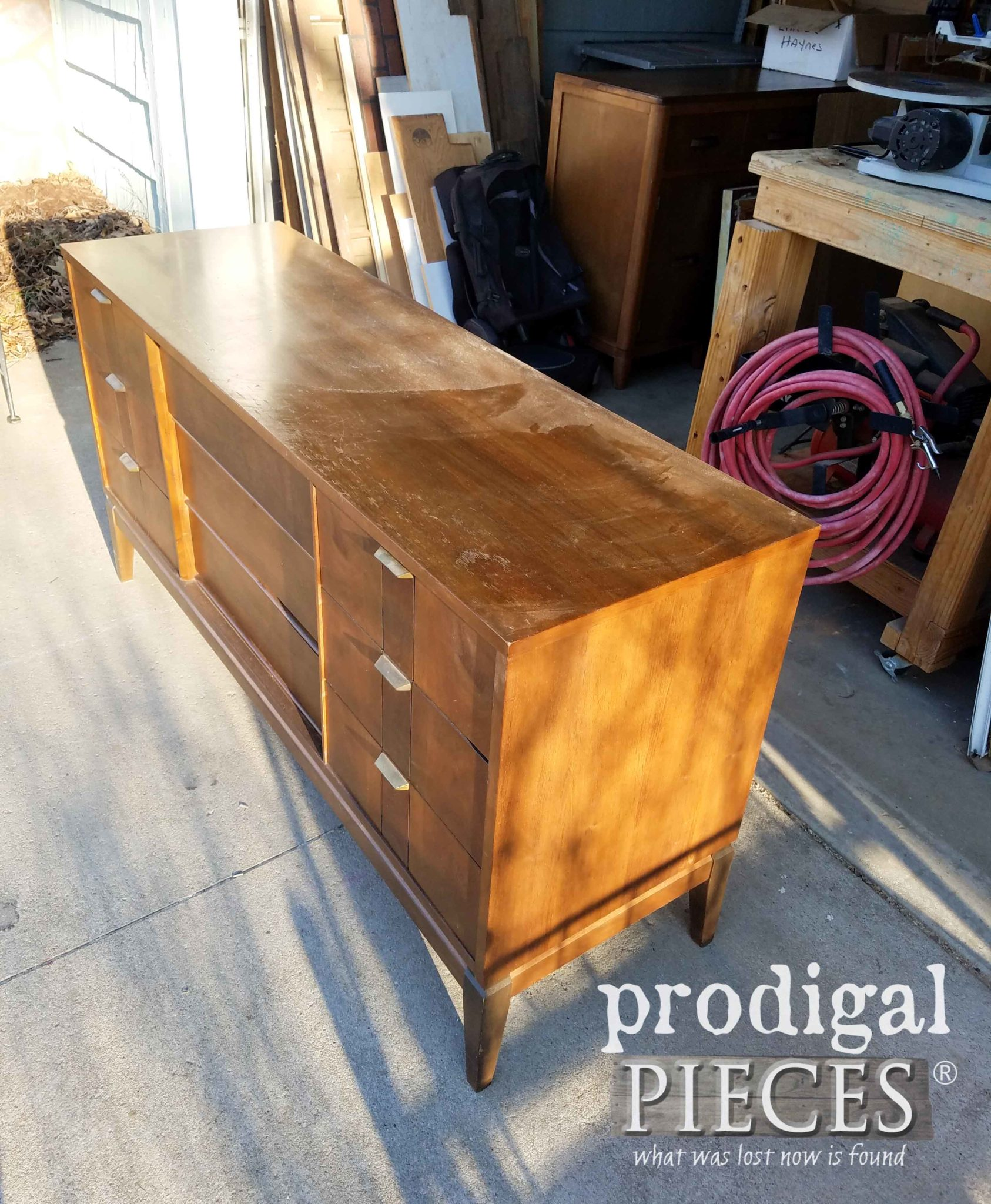 Classic Vintage Mid Century Modern Dresser by Stanley | prodigalpieces.com