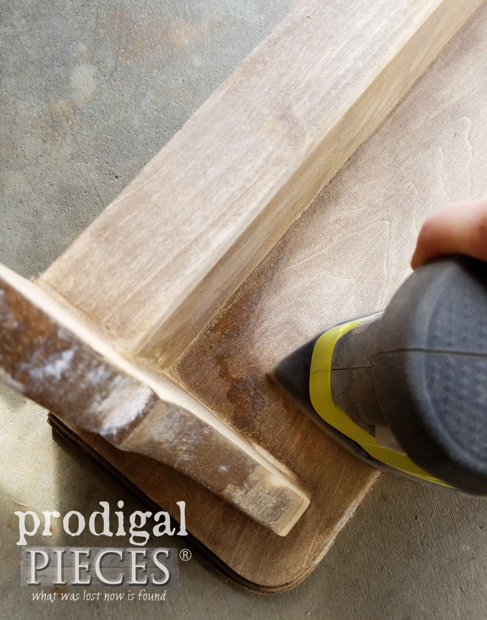 Ryobi Corner Cat for Sanding Corners | prodigalpieces.com