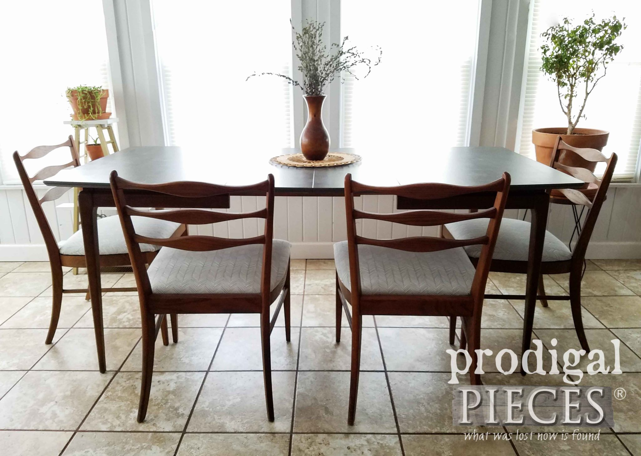 Vintage Mid Century Modern Extension Dining Table with Four Chairs by Larissa of Prodigal Pieces | prodigalpieces.com