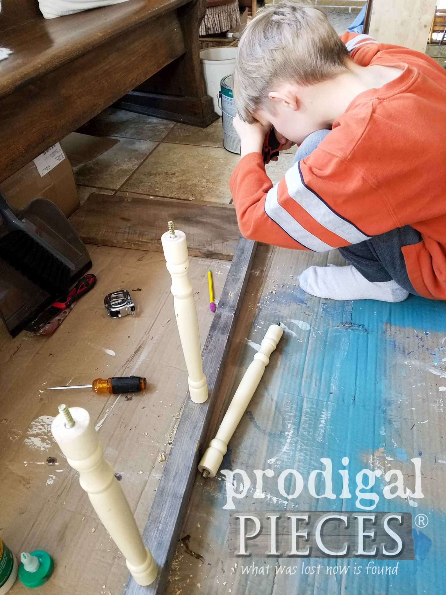Building Reclaimed Ladder with Cast-off Parts by Larissa of Prodigal Pieces | prodigalpieces.com