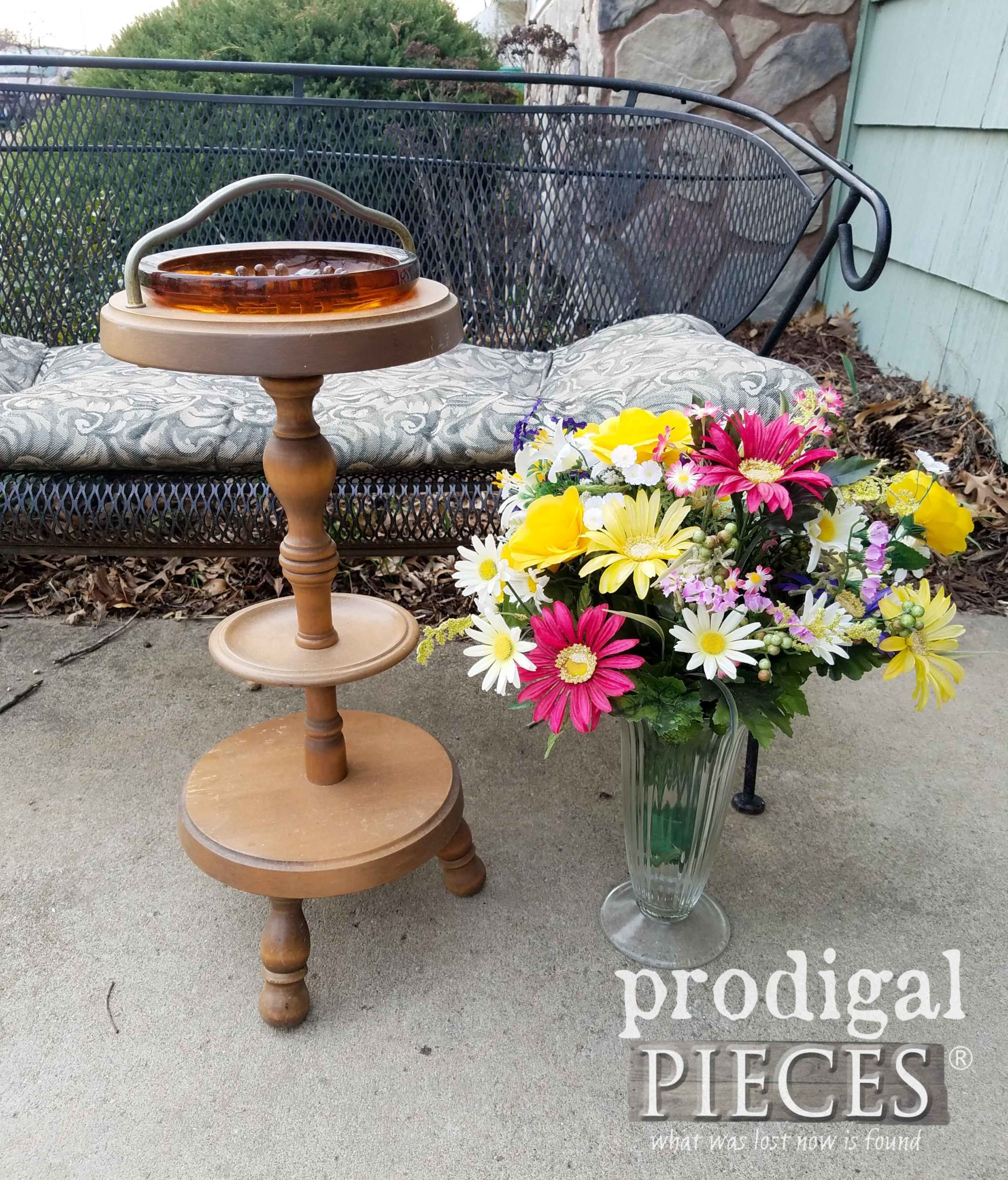 Curbside Ash Tray and Flower Vase Before Makeover by Prodigal Pieces | prodigalpieces.com